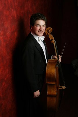 Cellist Julian Schwarz.