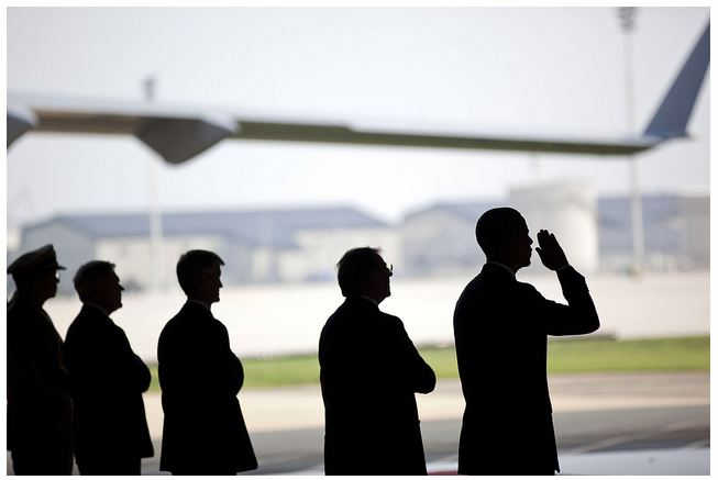 Controversial White House photo of President Obama at Dover August 9