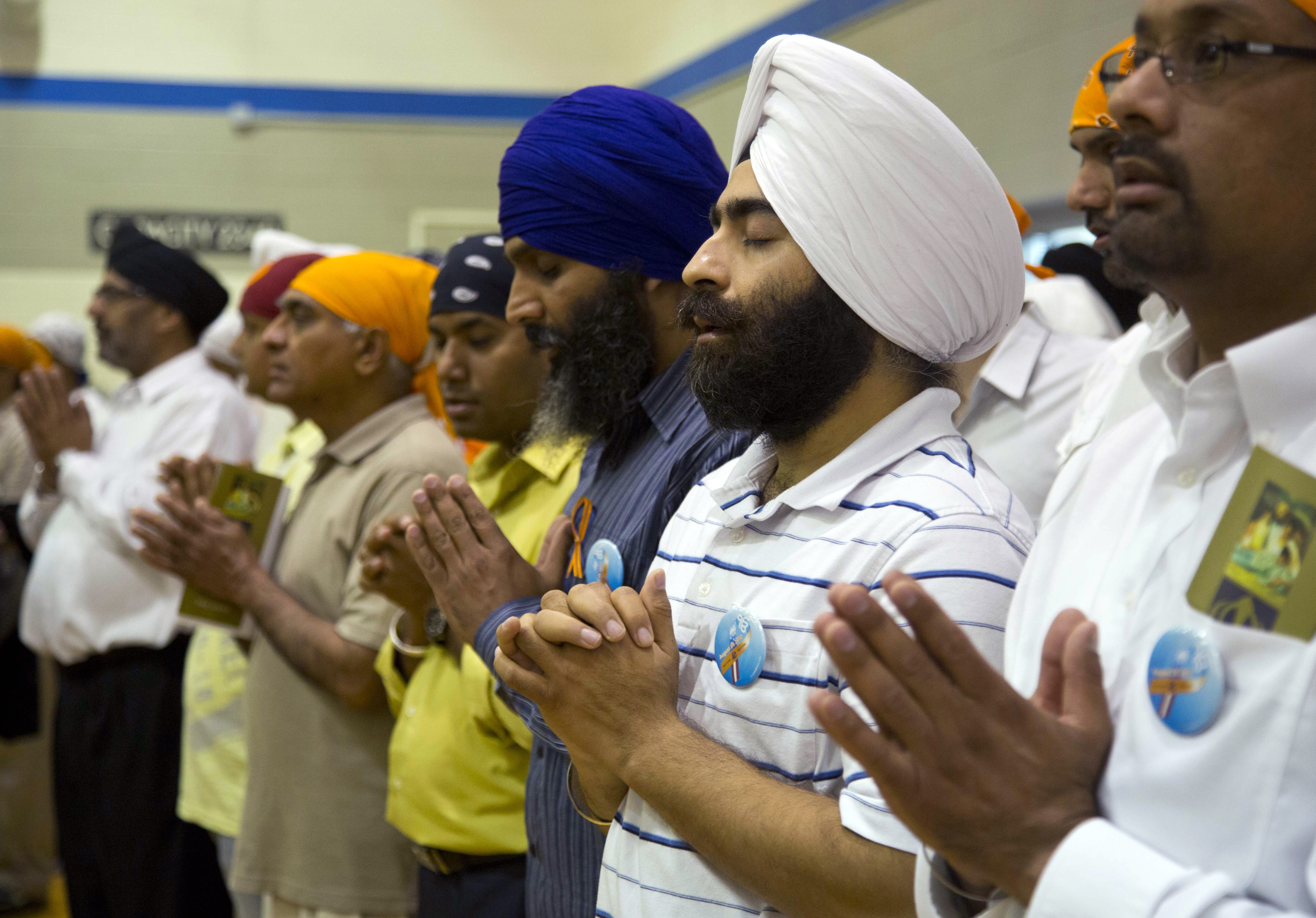 Sikh man cites religion in lawsuit against gun controls