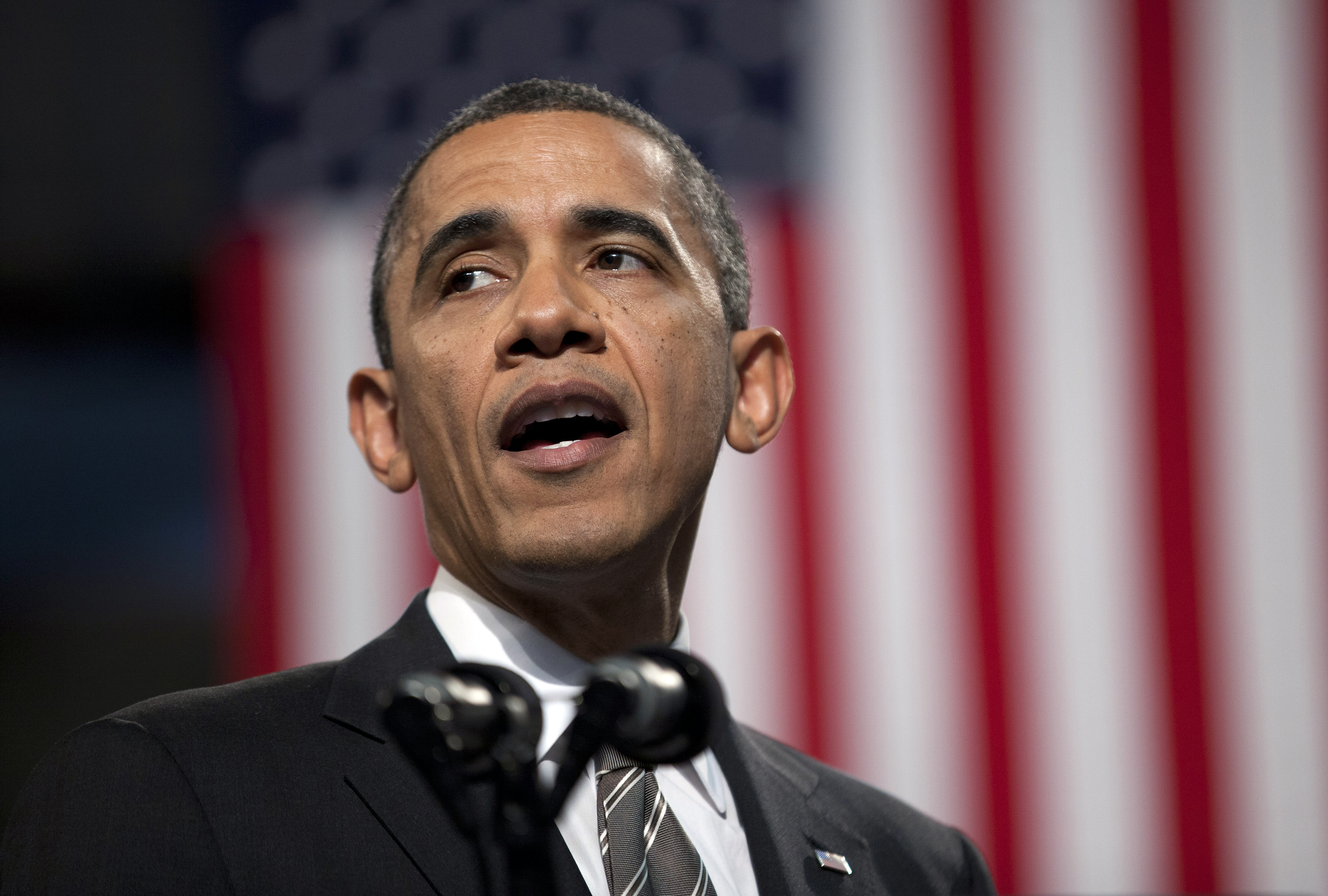 Ex-security officials press Obama to cancel cuts to nuclear arsenal