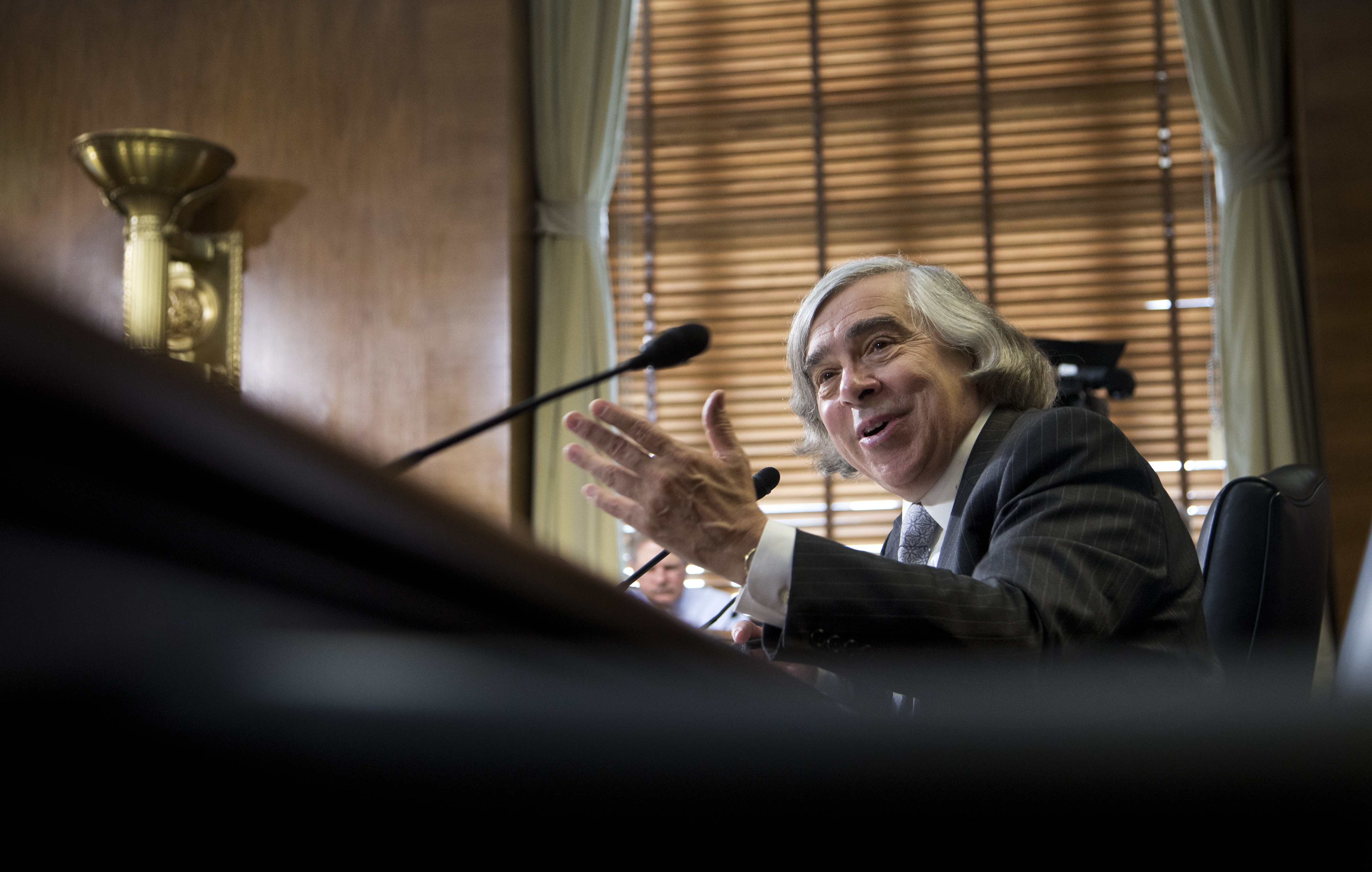 Ernest Moniz, Obama's energy secretary nominee, lauds fracking 'revolution'
