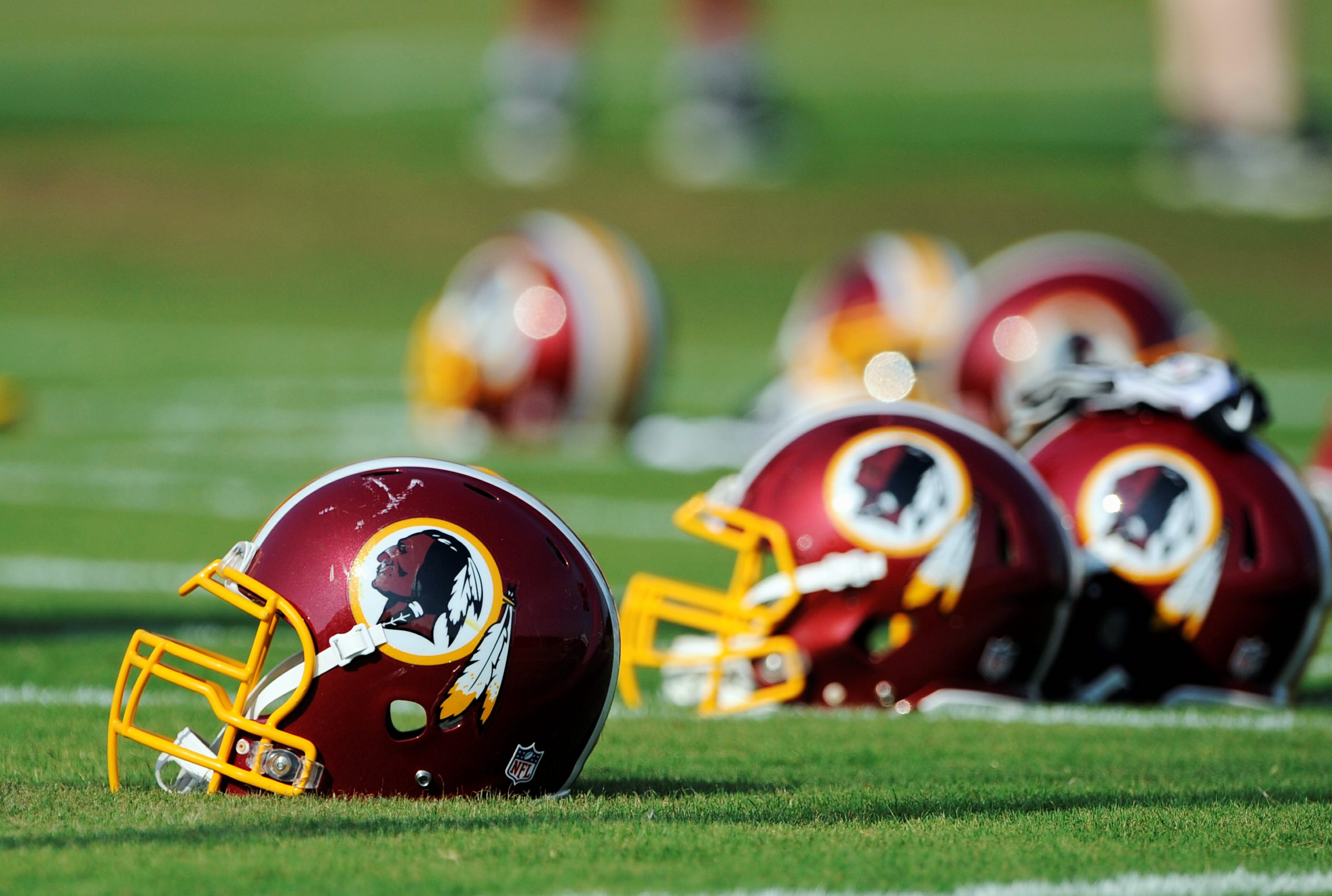Redskins name drew no public complaints, Patent offices reveals