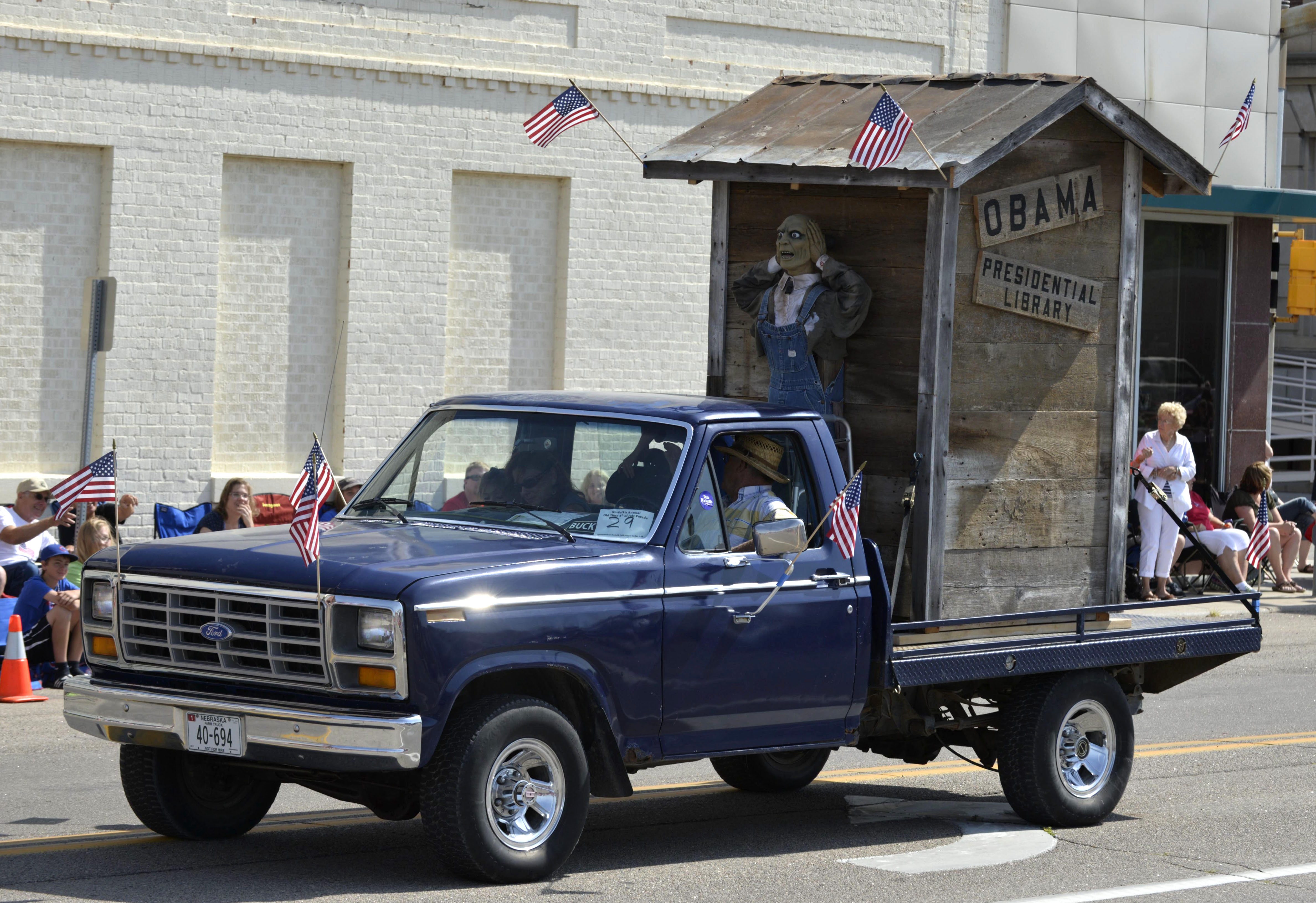 DOJ investigates Nebraska parade float critical of Obama