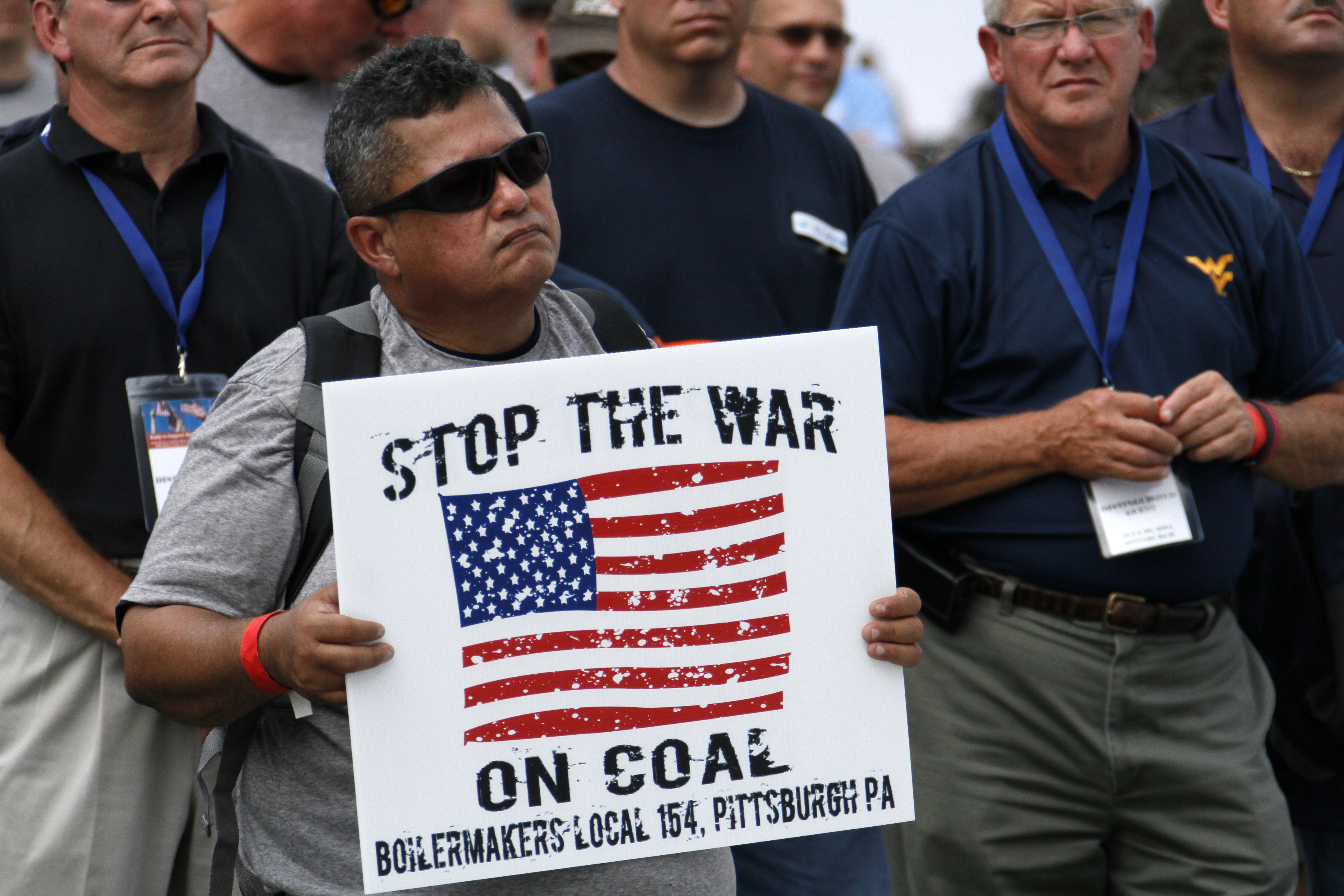 GOP to Obama: Take Your 'Golf Cap Off' and Get Down to Coal Country
