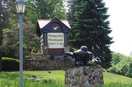 Entrance to Nemacolin Woodlands Resort (photo/J.Kubin) Click to enlarge