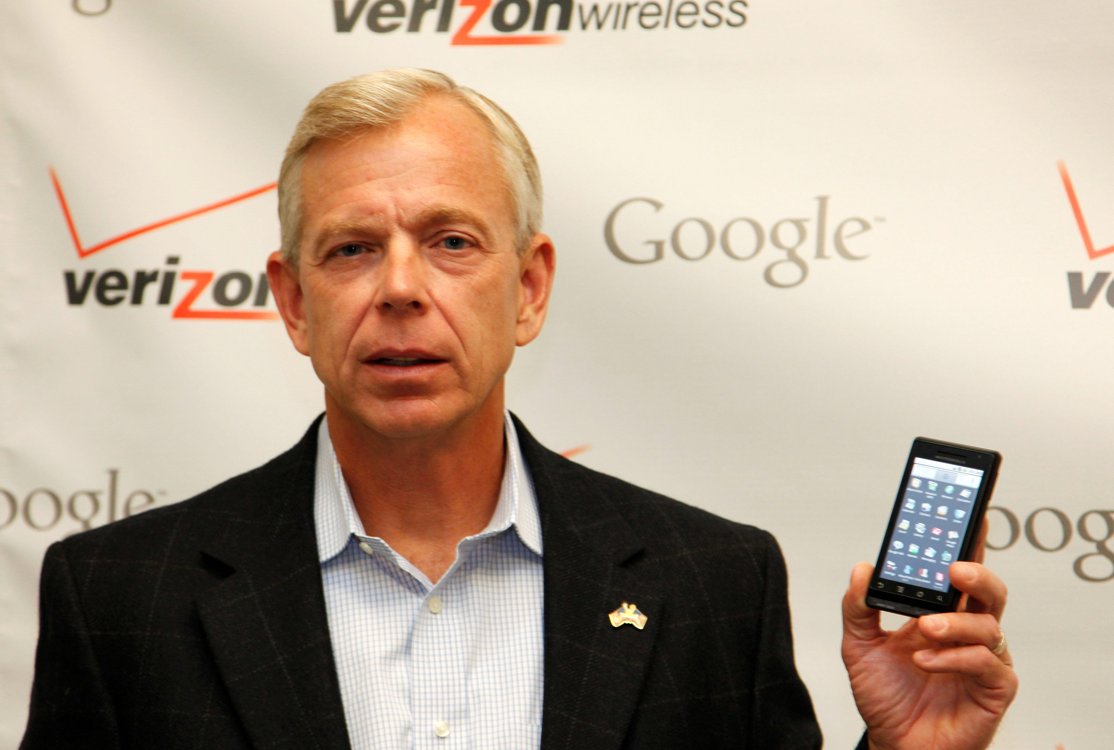 Lowell McAdam, Verizon CEO: This election 'makes me want to put my