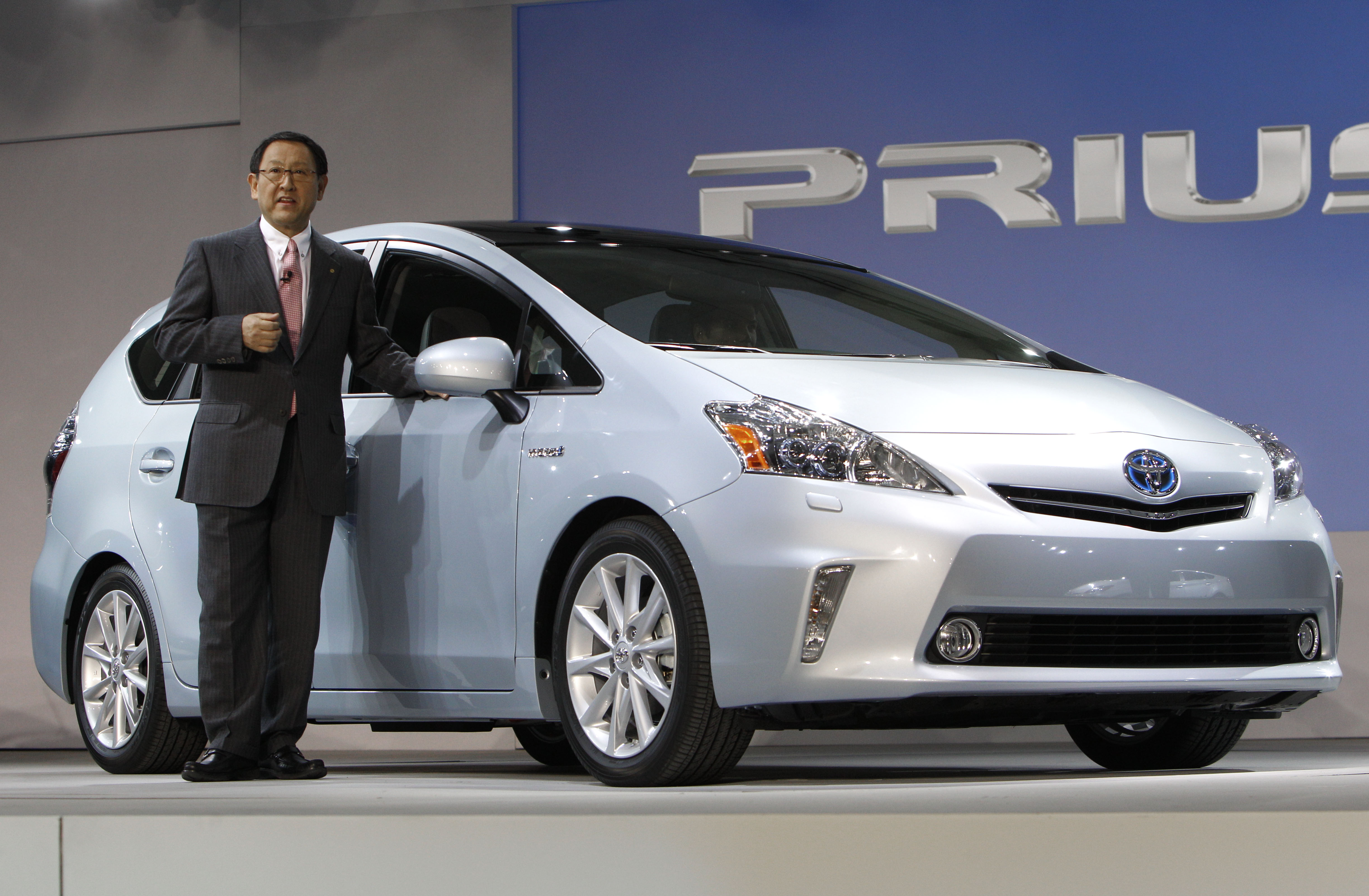 Goodbye Prius Japanese Carmakers Drop Battery Electric Car
