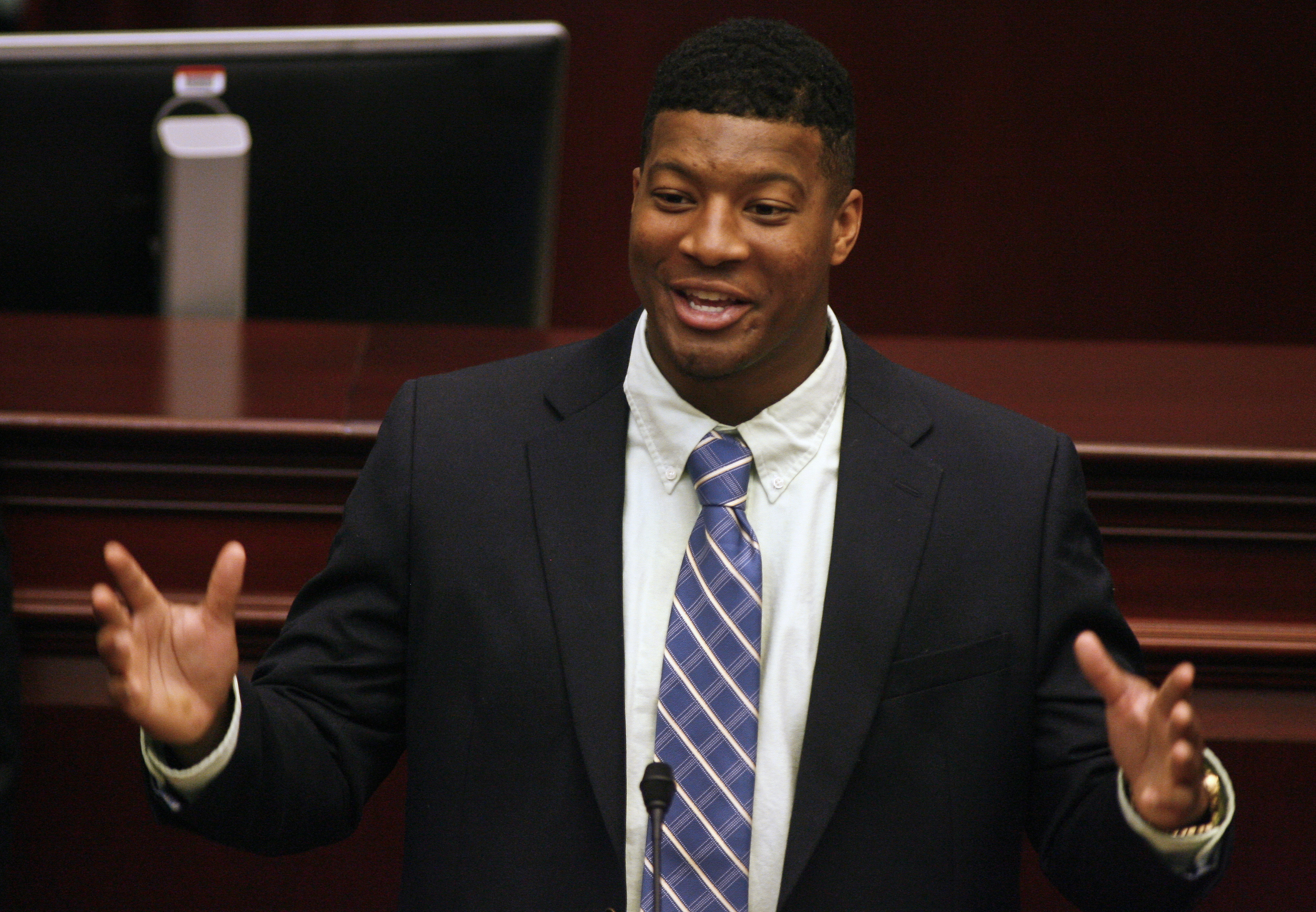 FSU's Jameis Winston charged for shoplifting crab legs: report ...