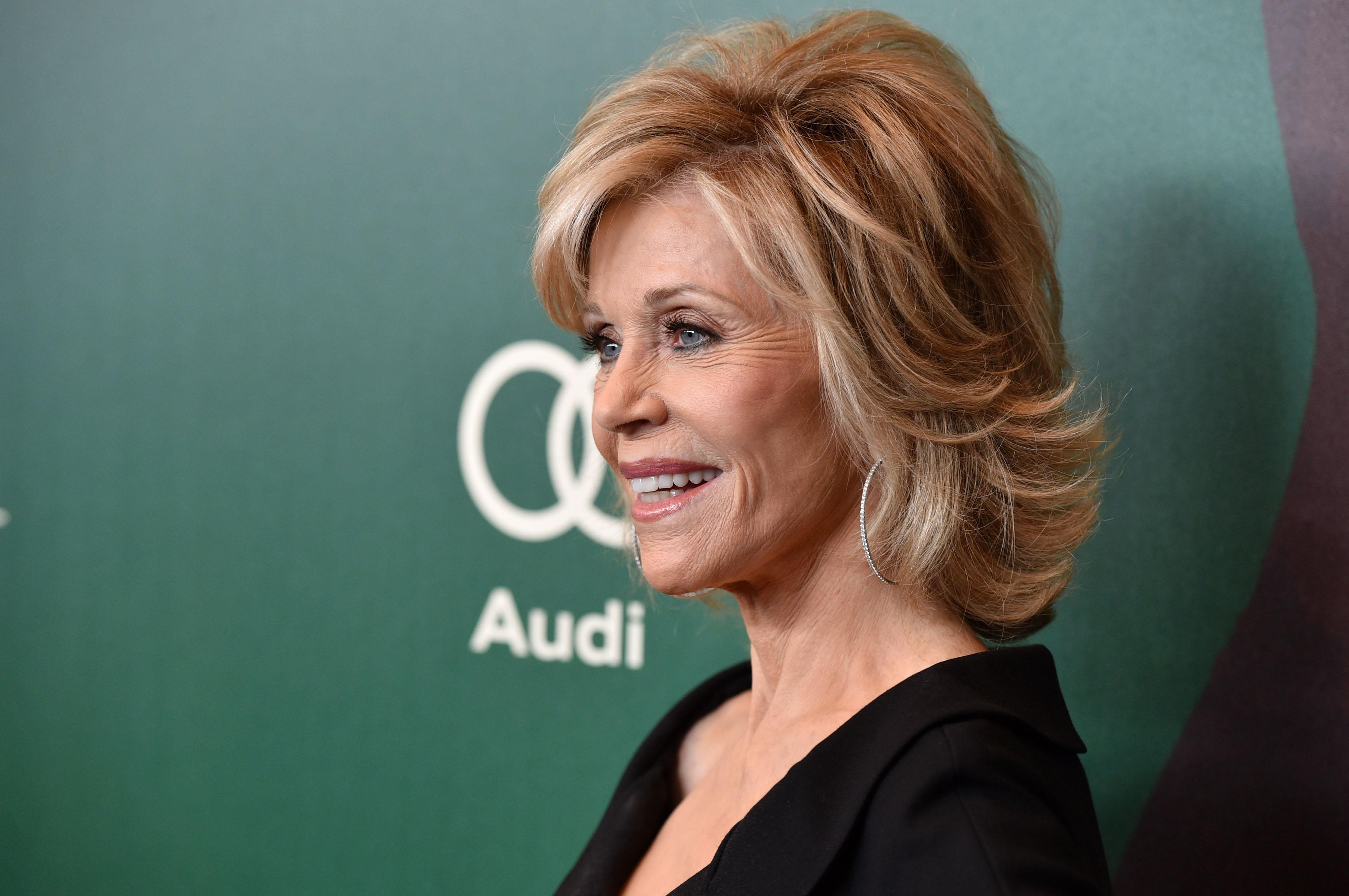 Jane Fonda Event Protested By Vietnam Veterans Im A Convenient