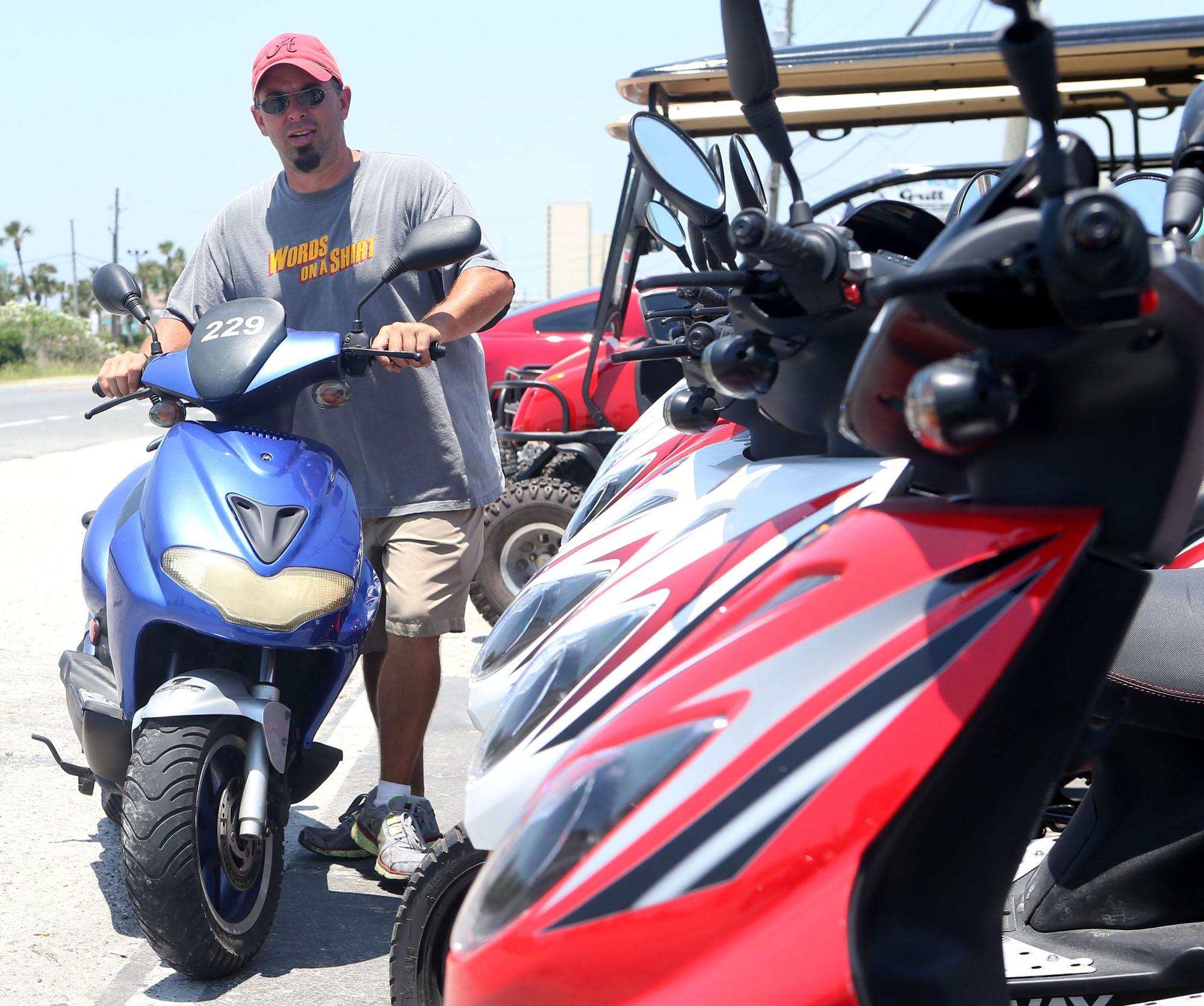 Spring Break Fla Town Targets Scooters Mopeds Spring Break