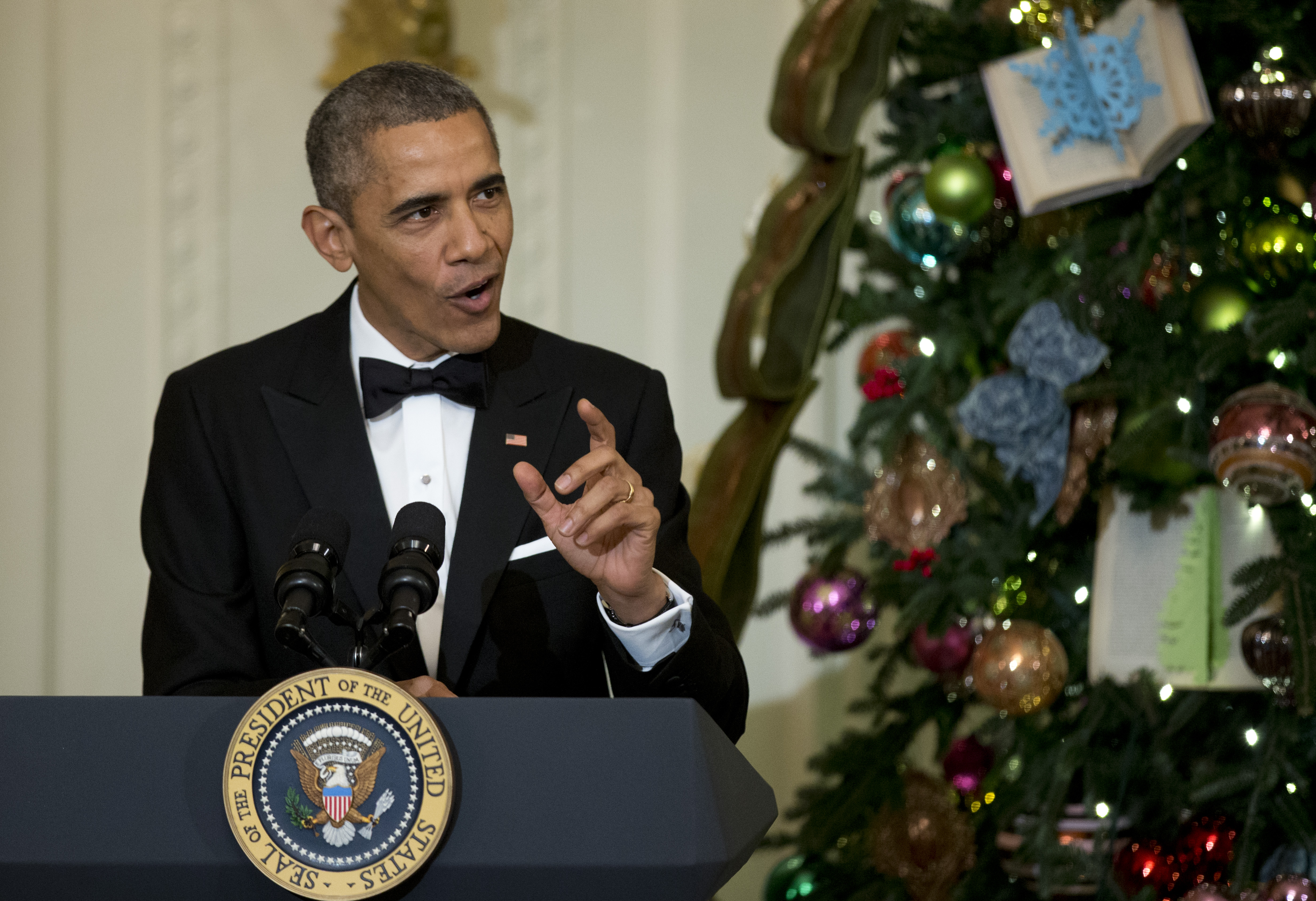 Obama takes swipe at TV networks over racial issues - Washington Times