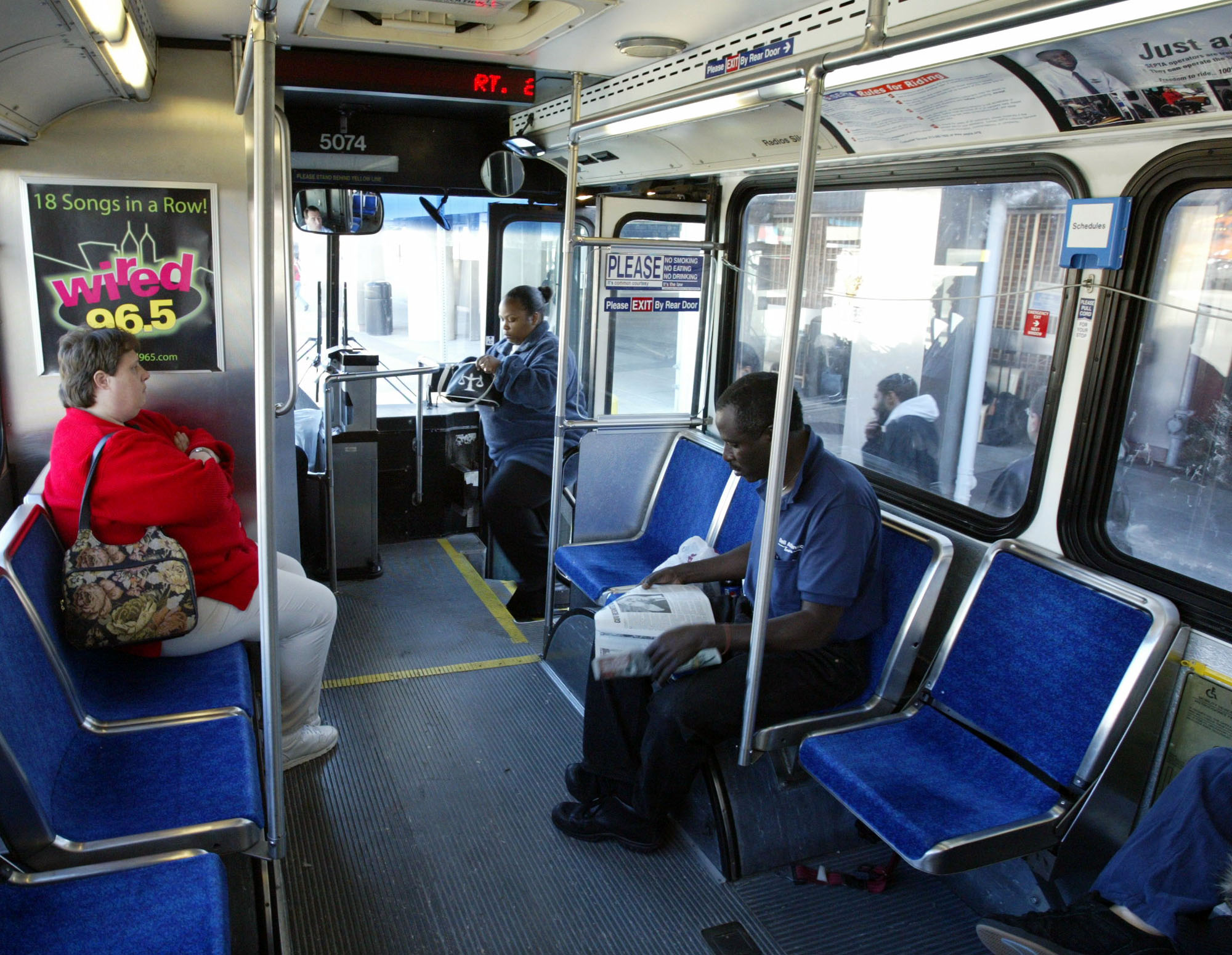4 Year Old Girl Rides Philly Bus Searching For 3 A M Snack Washington Times