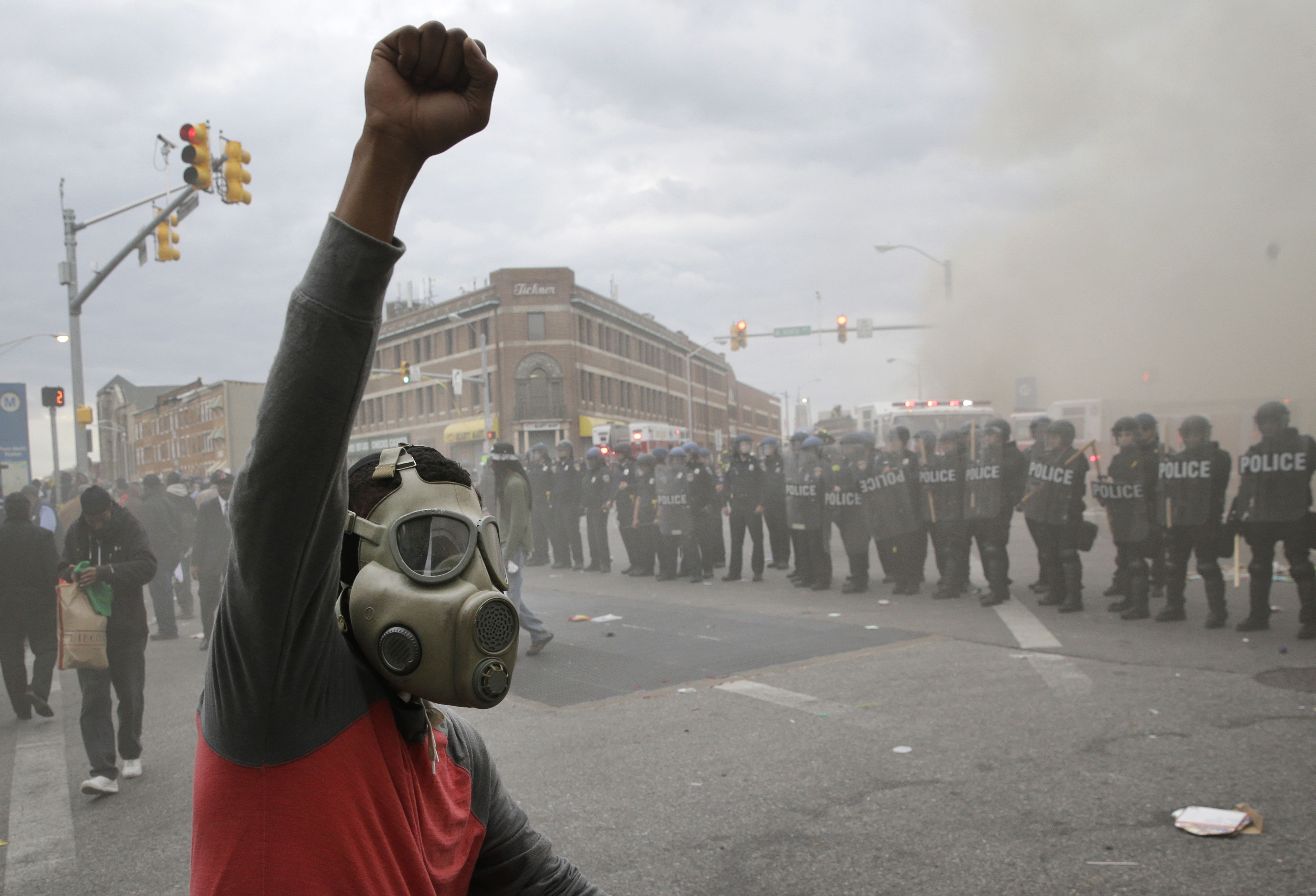 Baltimore riots: State of emergency declared; National Guard ...