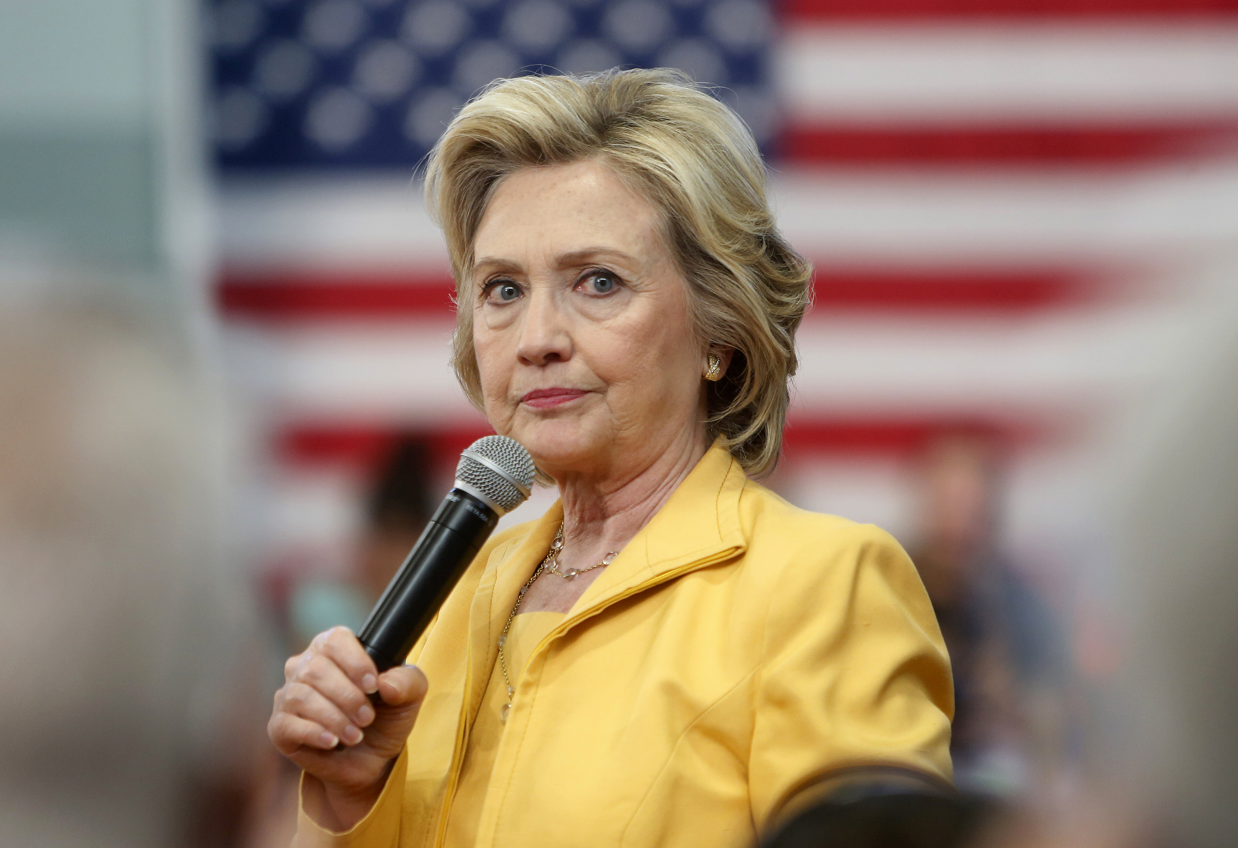 hillary clinton campaign supporters skip foundation s global