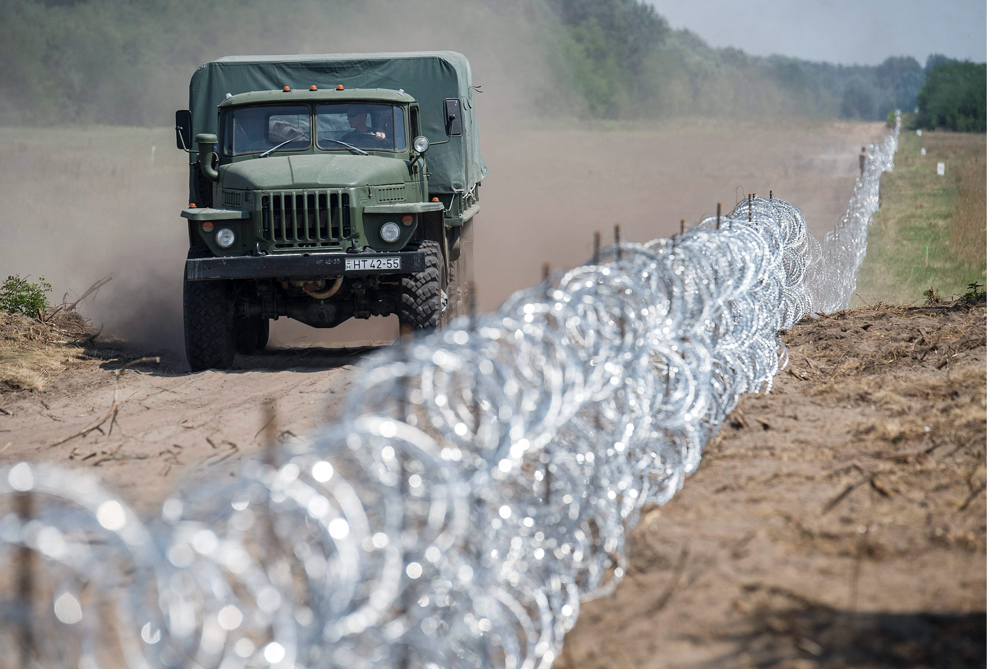 Donald Trump border wall proposal sparks controversy, but barriers ...