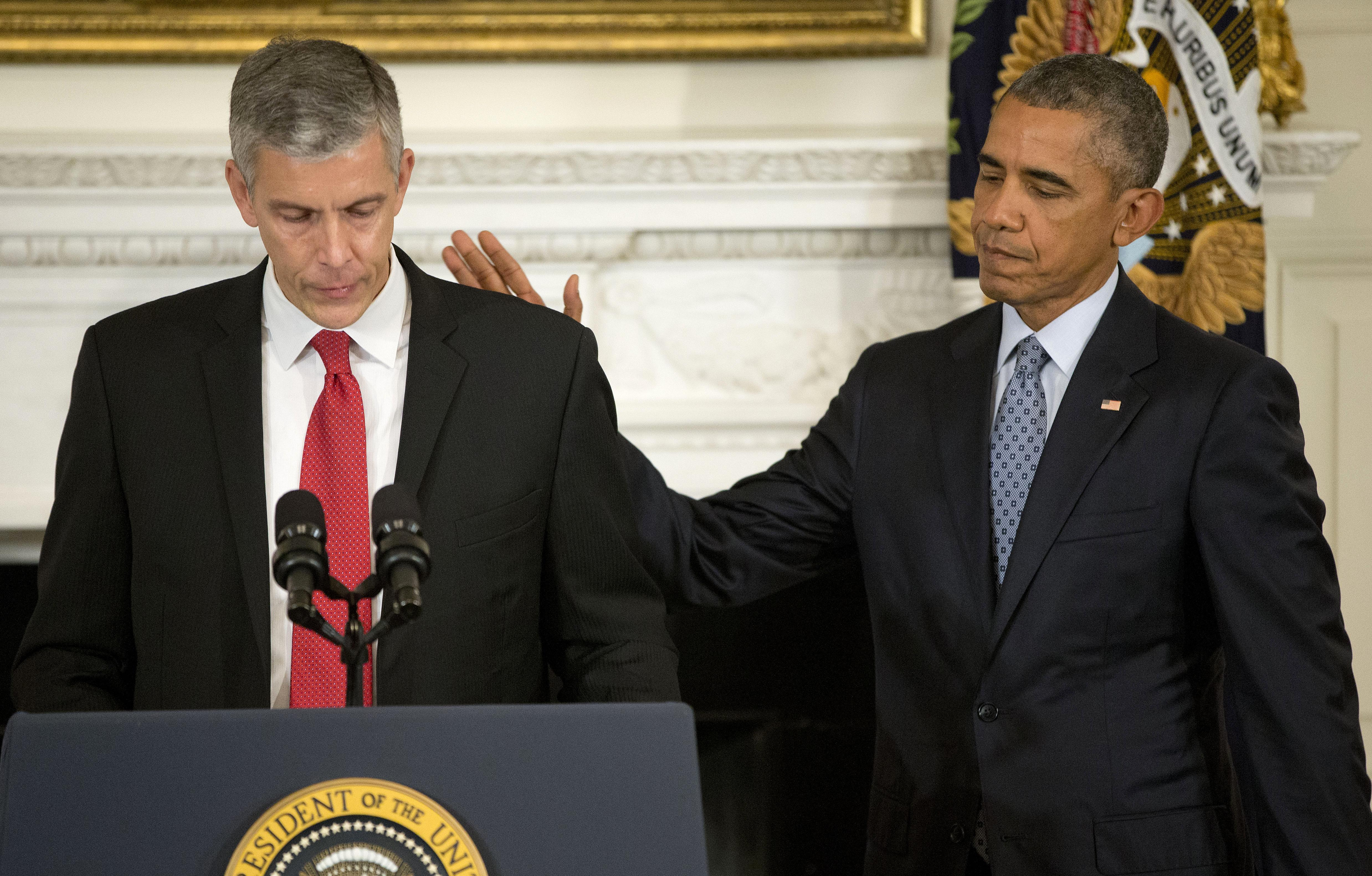 arne duncan obama s education secretary stepping down
