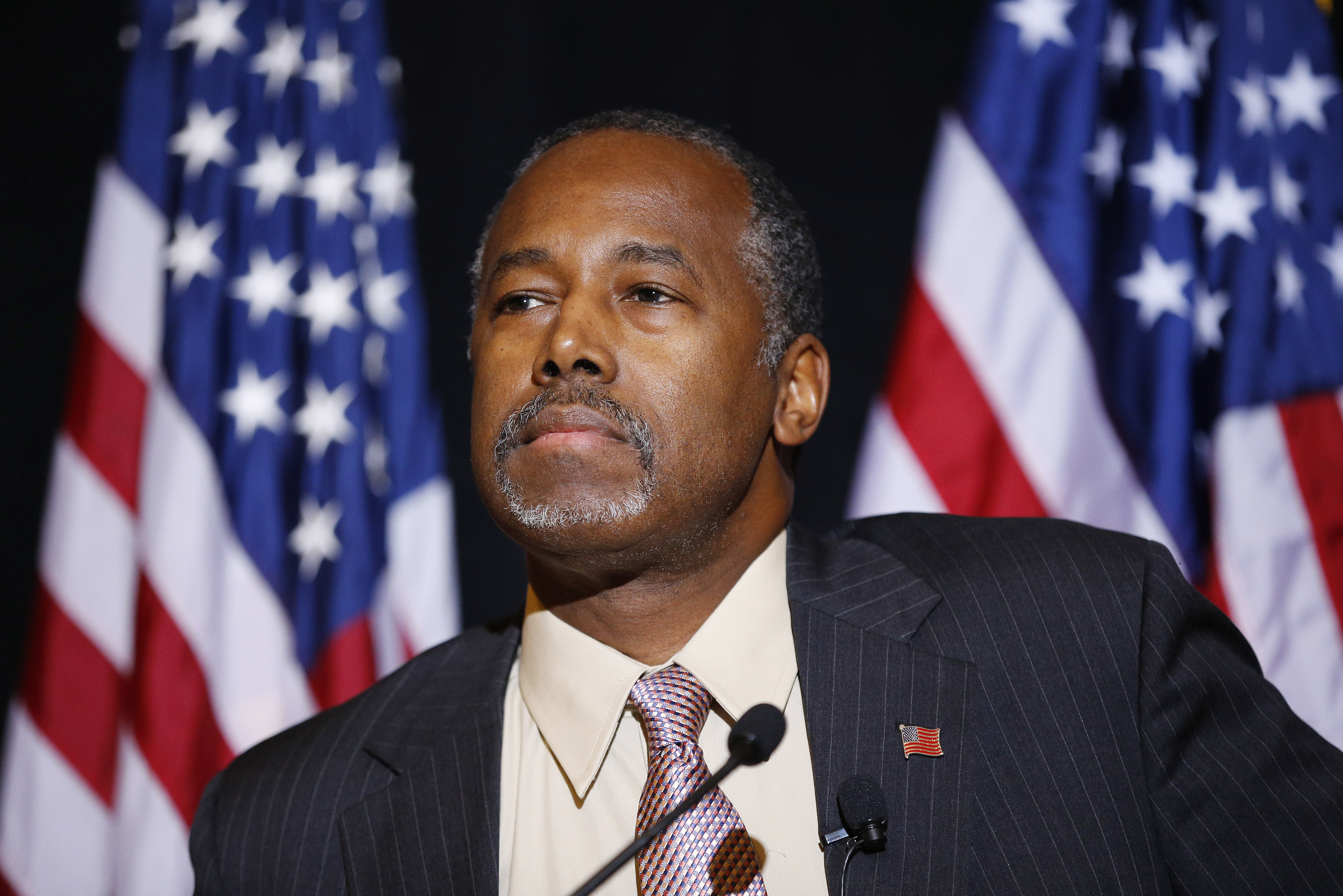 Ben Carson after camp tour Absorb Syrian refugees in Mideast