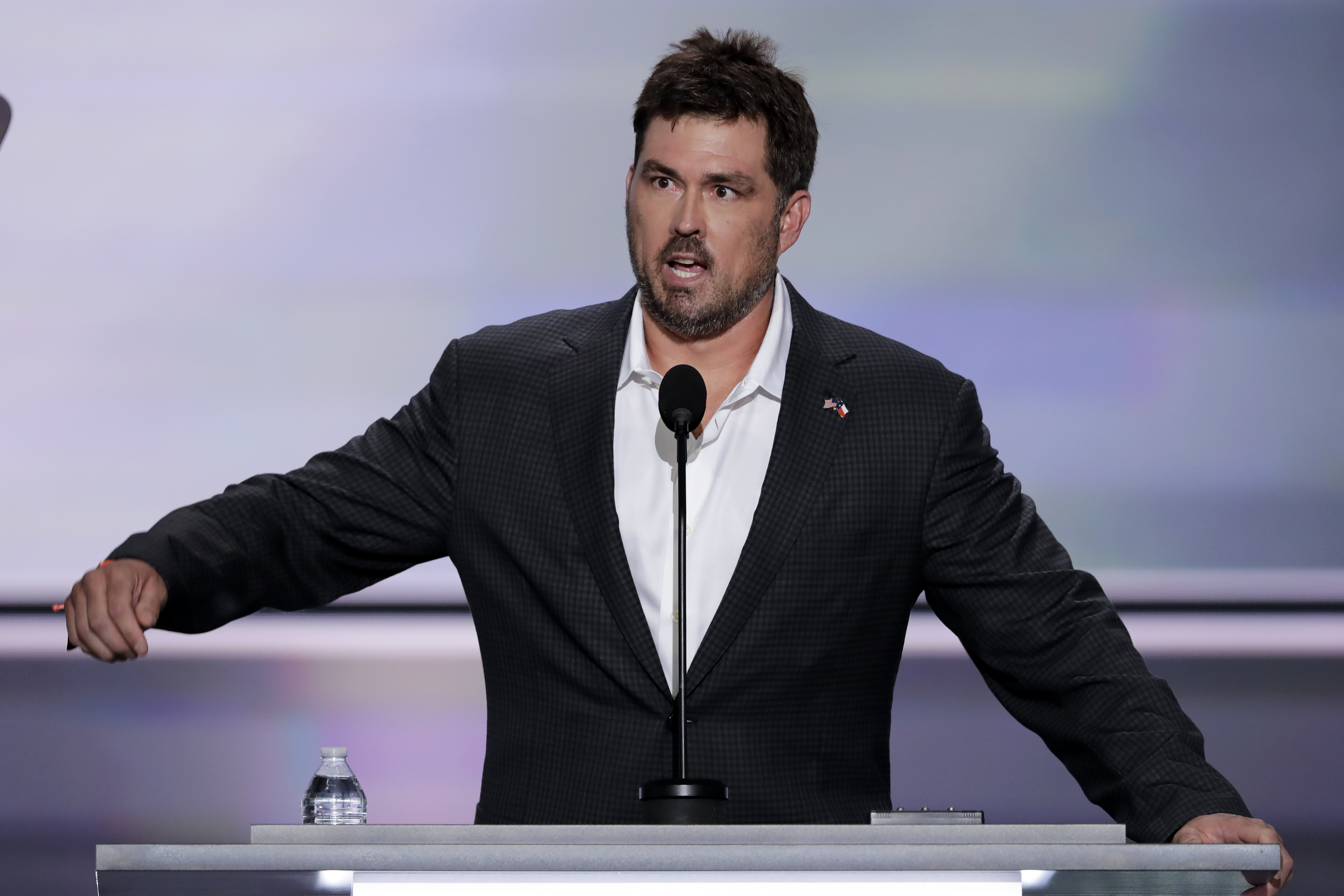 marcus luttrell father