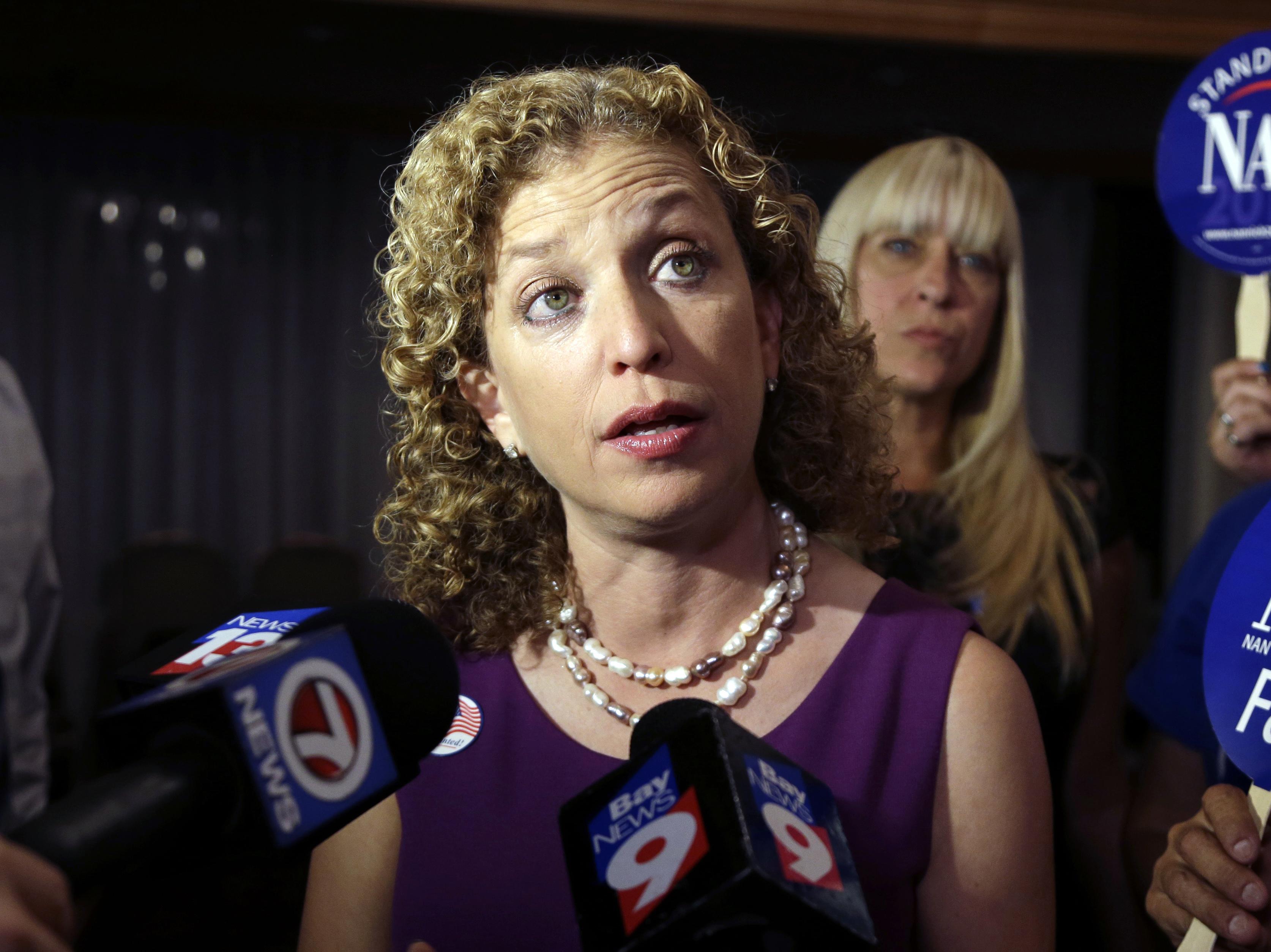Debbie Wasserman Schultz Immediately Joins Hillary Clinton Campaign