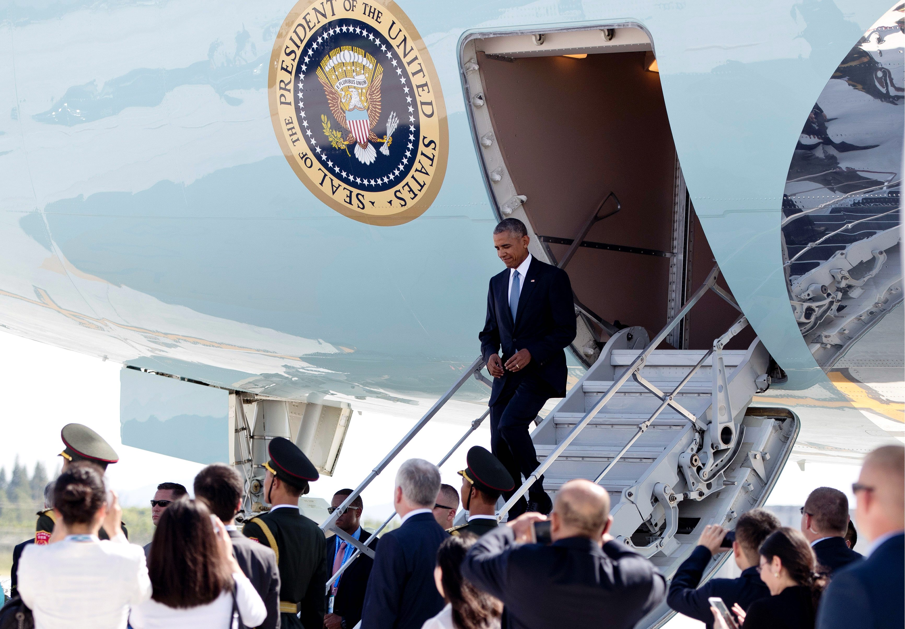 Obama disrespected by China, Rodrigo Duterte on final Asia trip ...