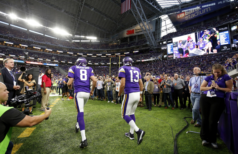 Bradford leads Vikings over Packers 17-14 in Minnesota debut - Washington  Times d89e9b501