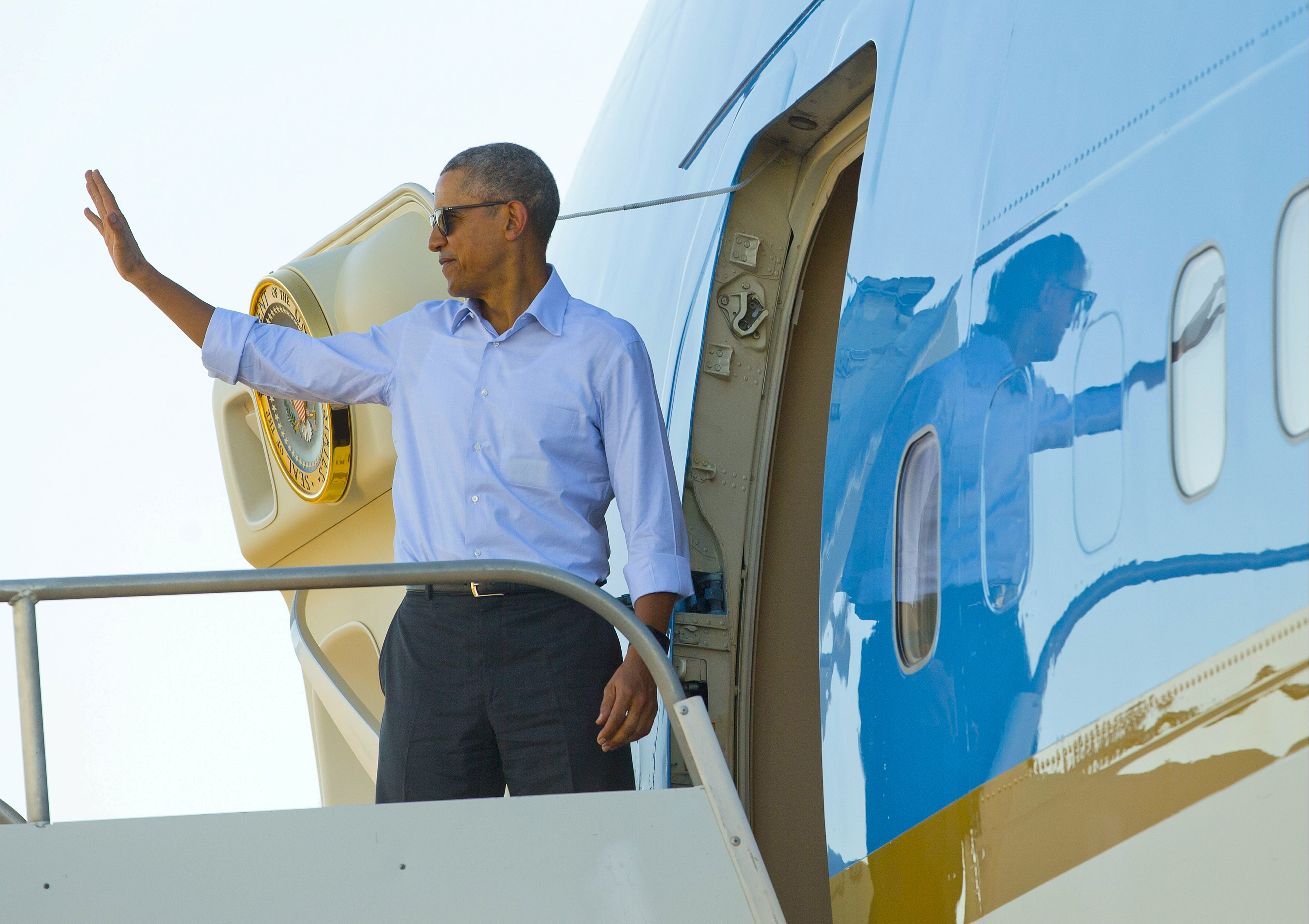Obama off to Hawaii for the holidays, cumulative travel costs top ...