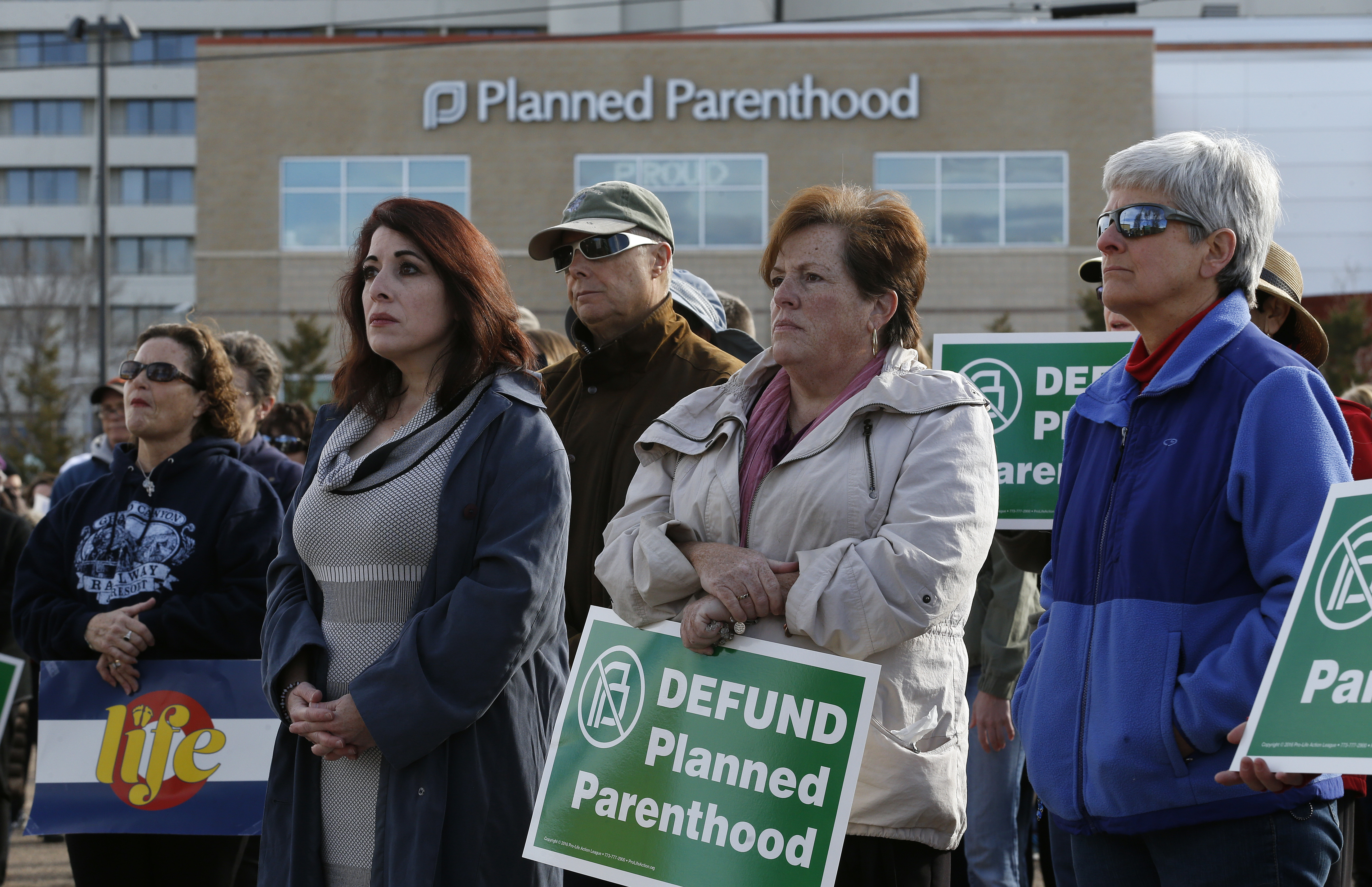 Ex-clinic managers for Planned Parenthood say it treats