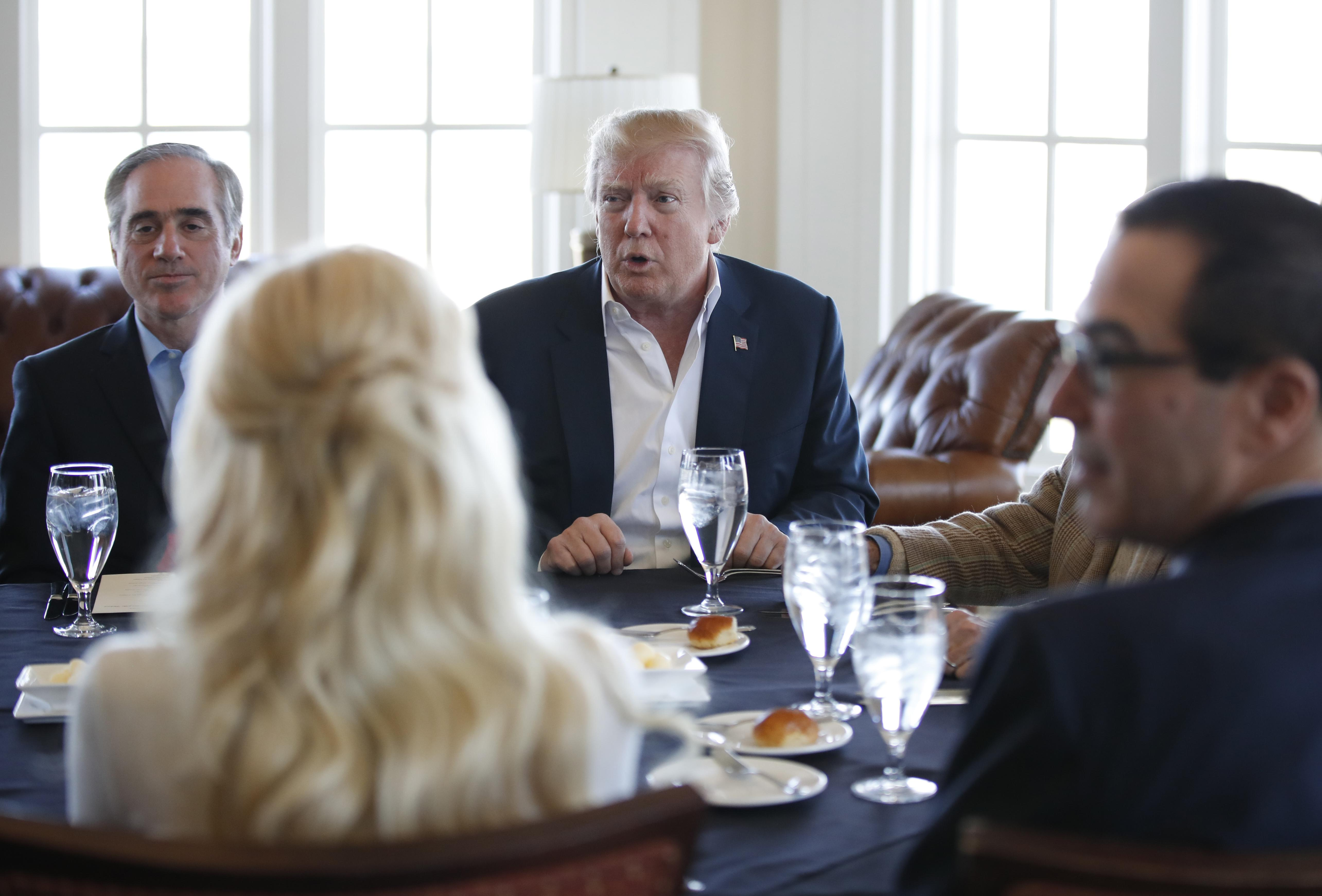 Donald Trump holds partial Cabinet meeting at his northern ...