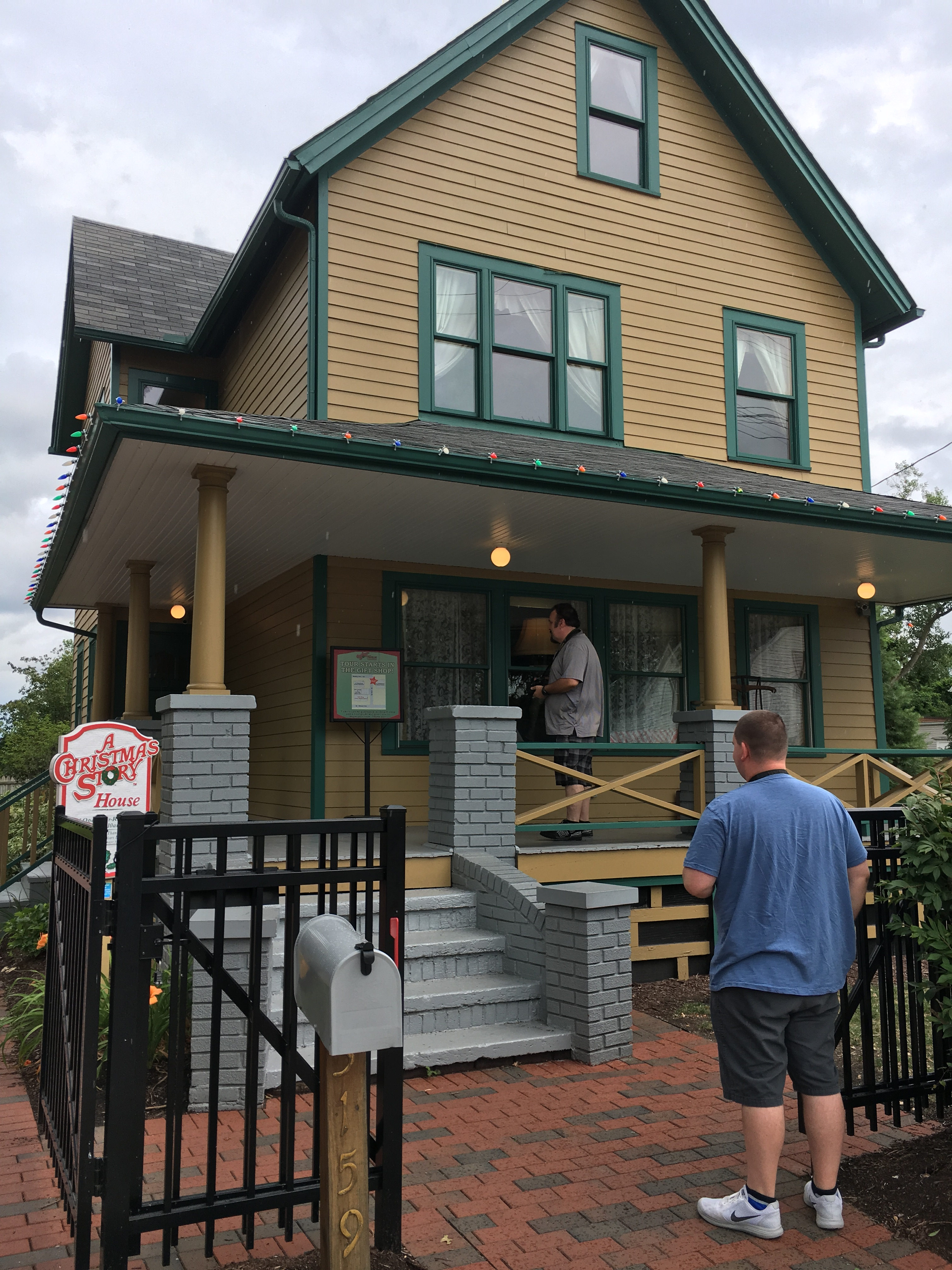 travel a christmas story house in cleveland lets you step into the movie washington times