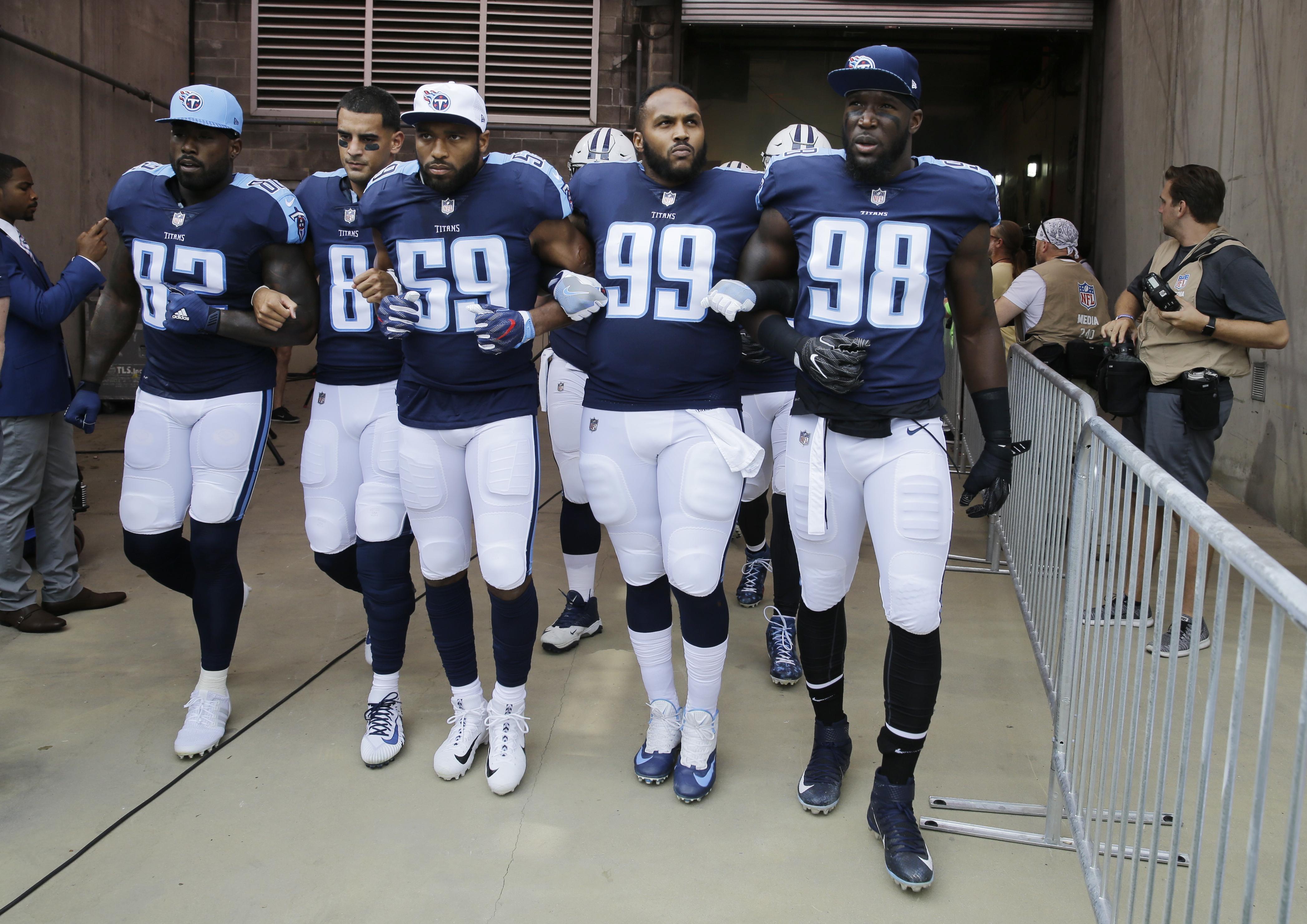 Seahawks_titans_football_58040