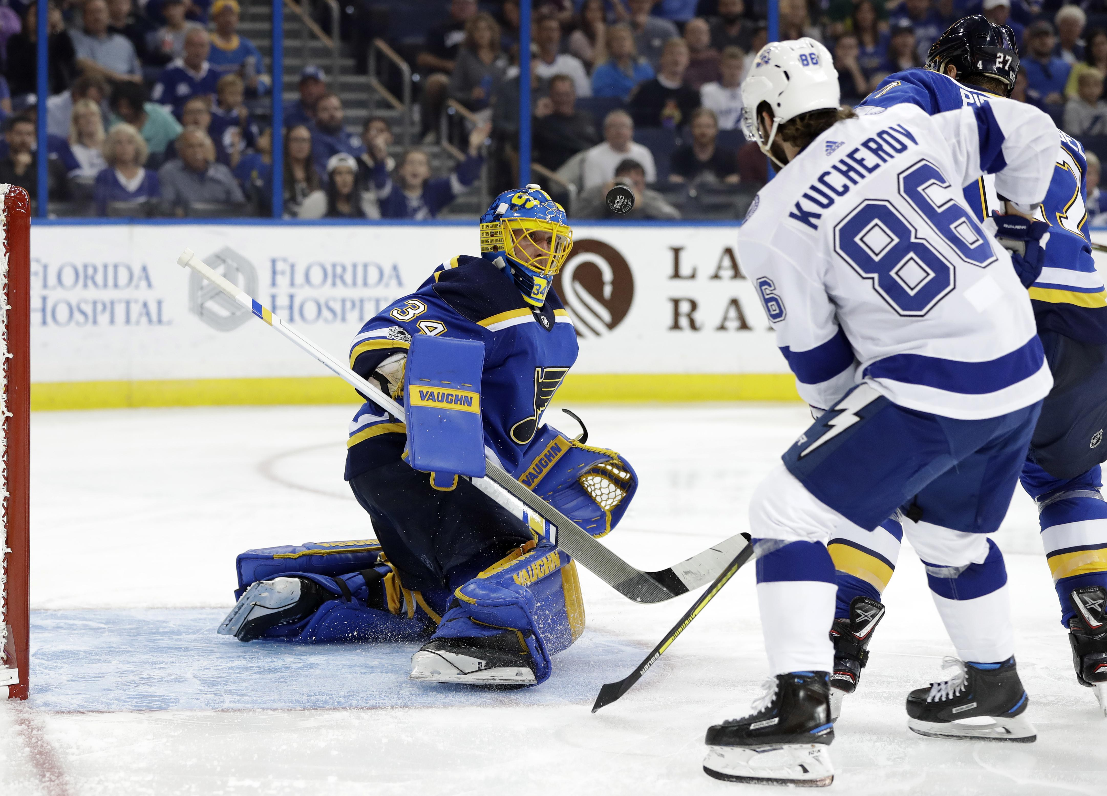 Blues_lightning_hockey_83266