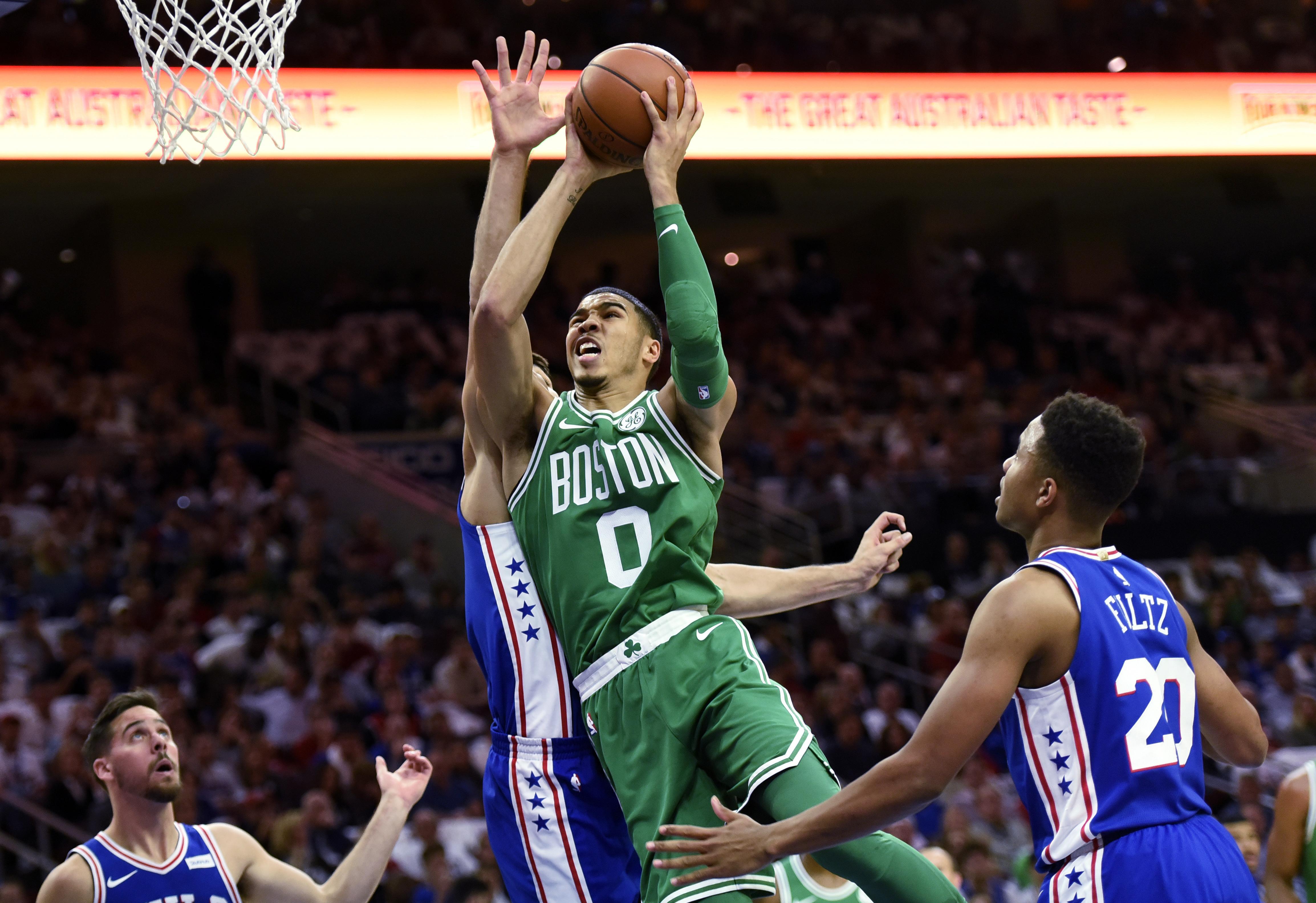Celtics_76ers_basketball_81612