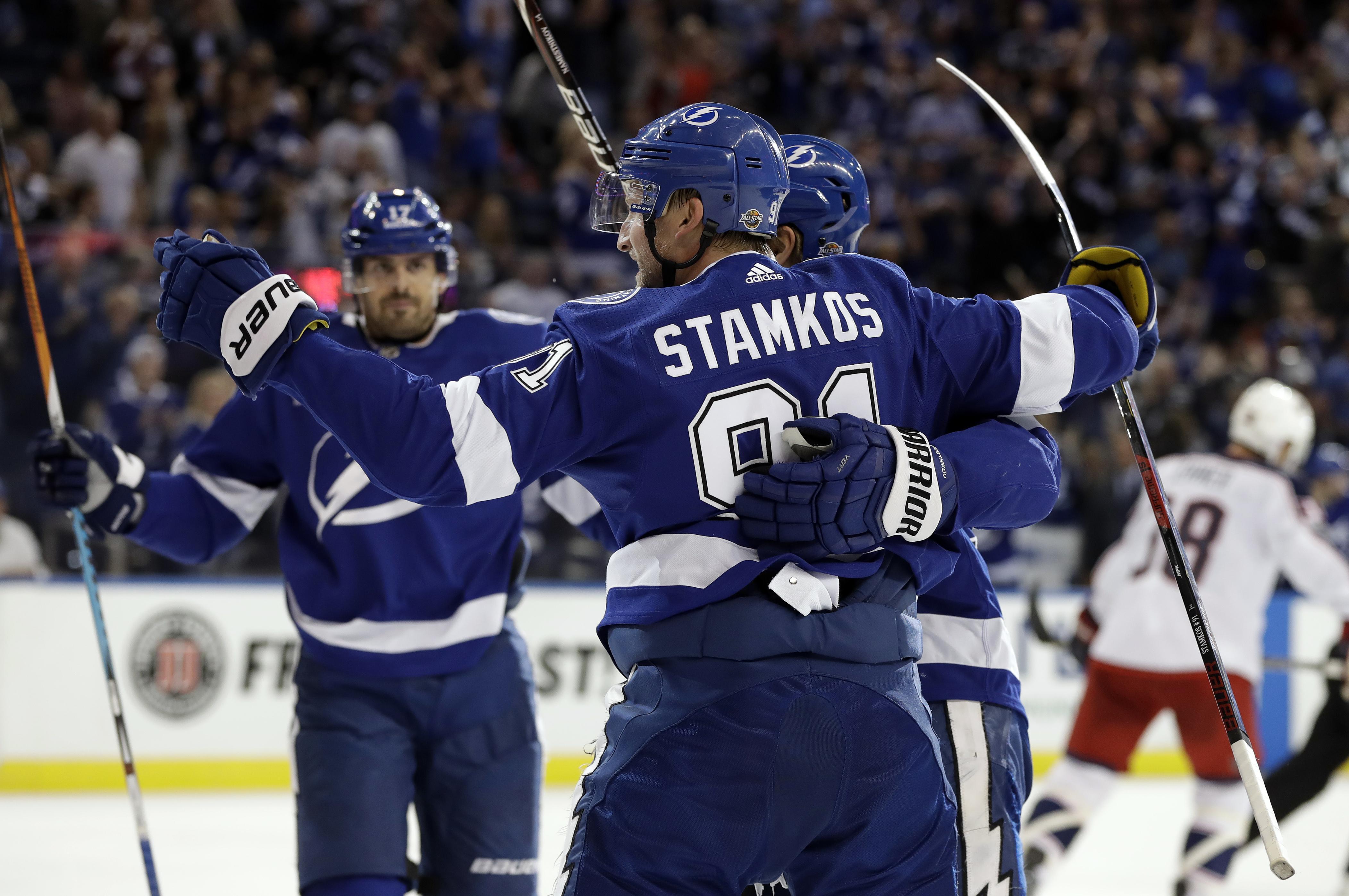 Blue_jackets_lightning_hockey_43941