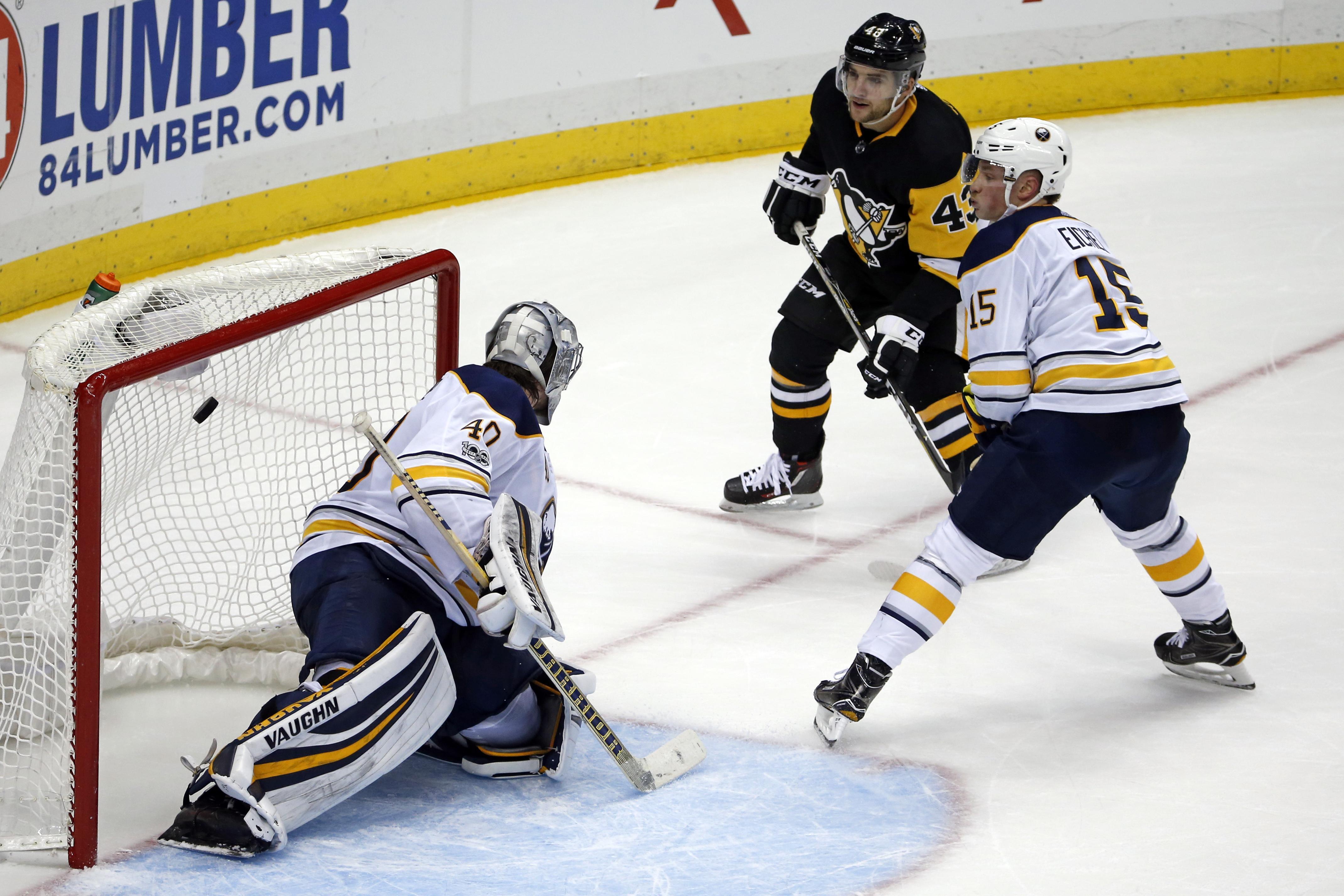 Sabres_penguins_hockey_10864
