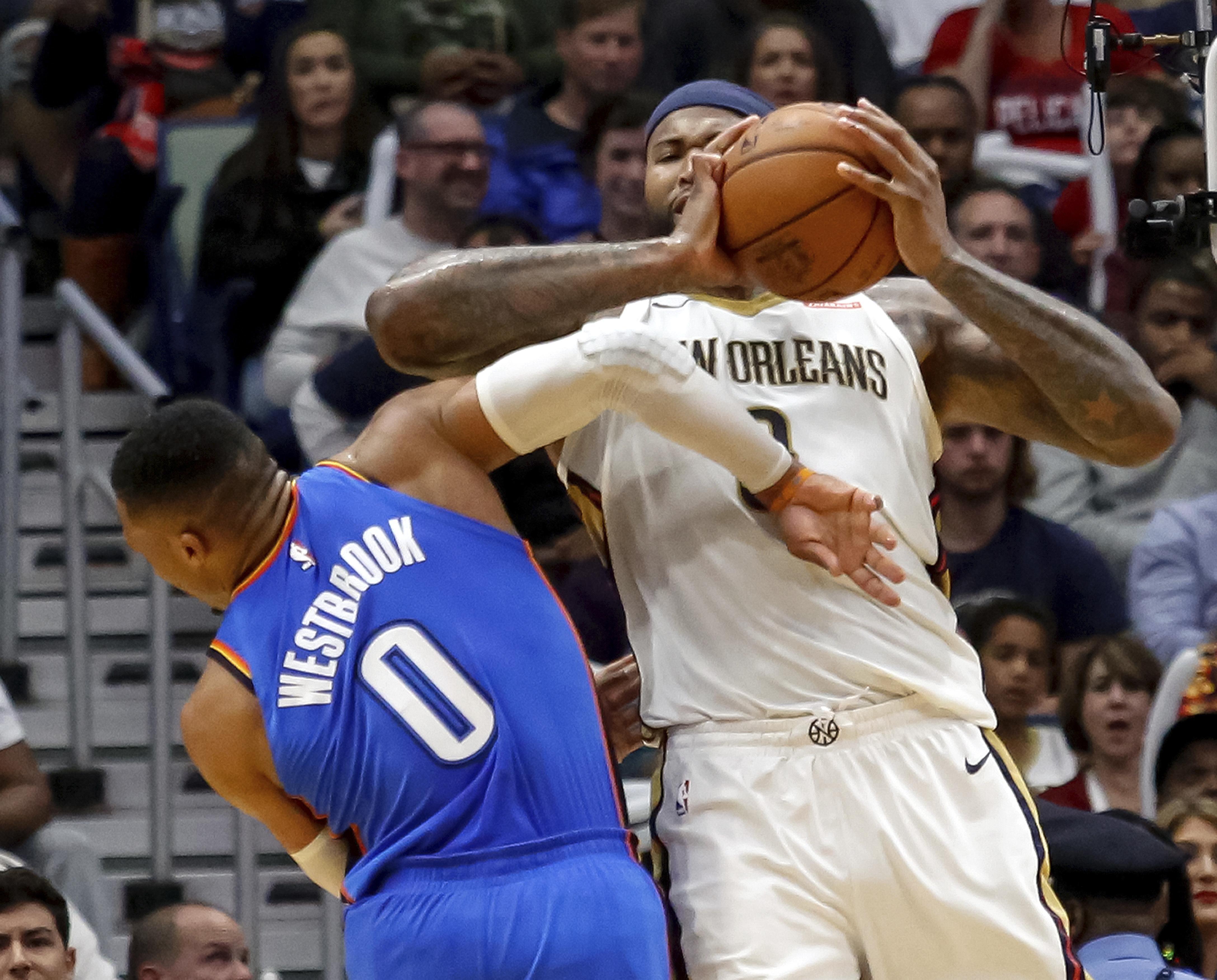 Thunder_pelicans_basketball_40222