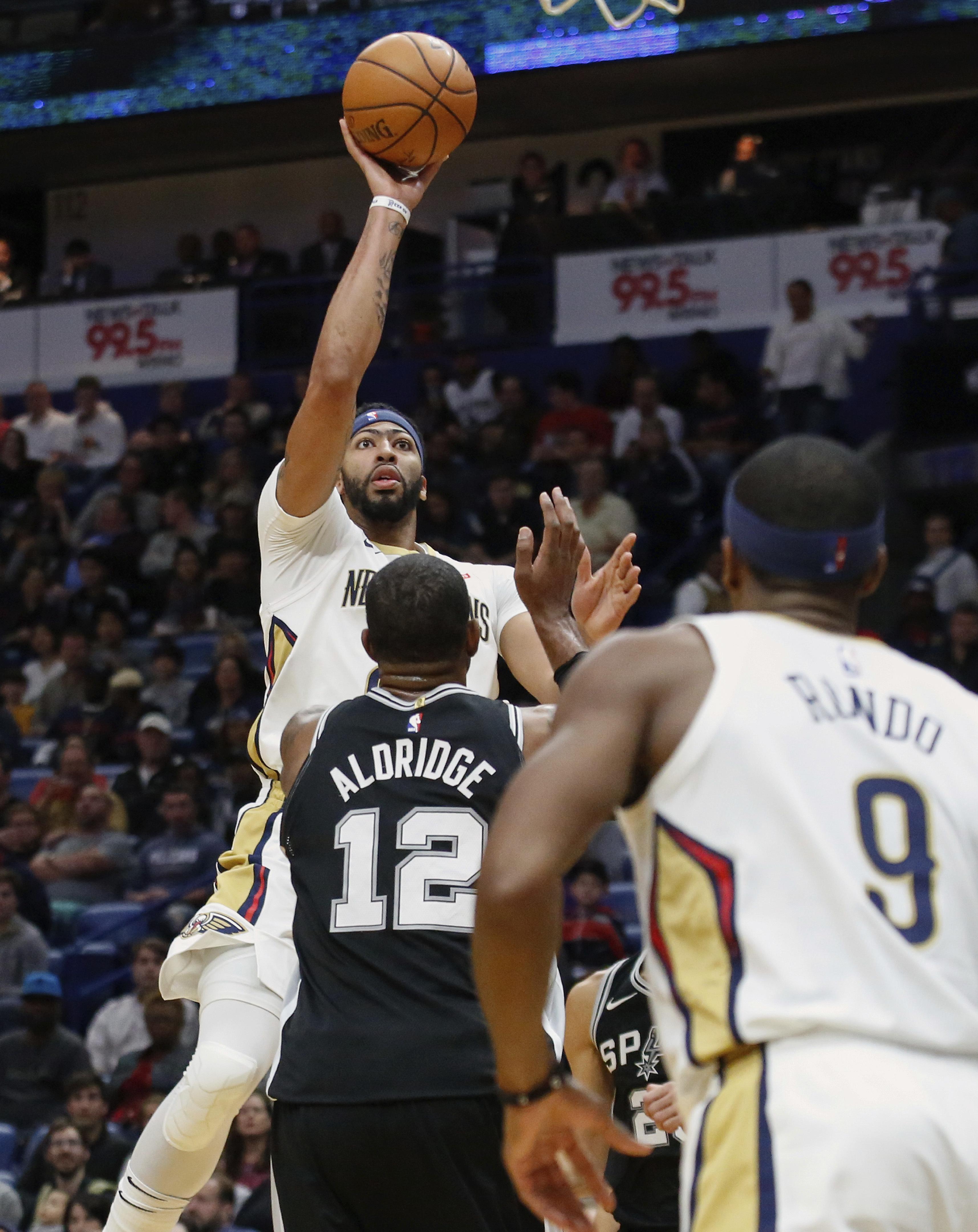 Spurs_pelicans_basketball_59124