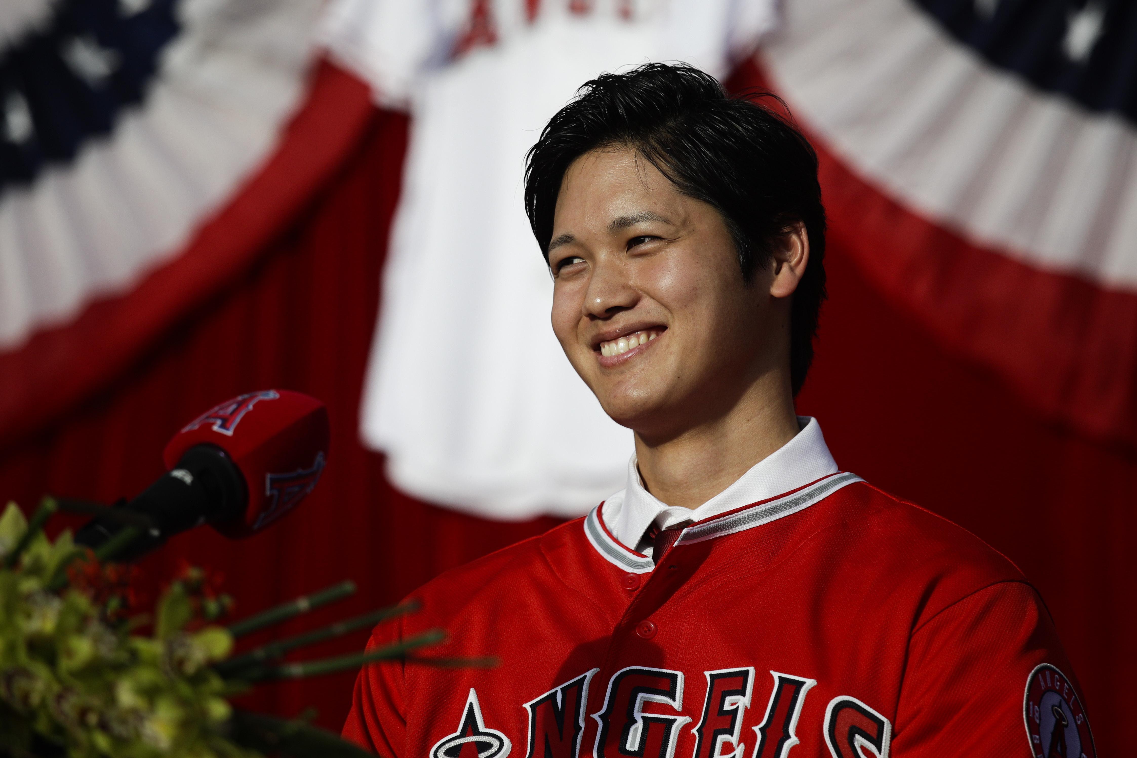 Angels_ohtani_baseball_35424