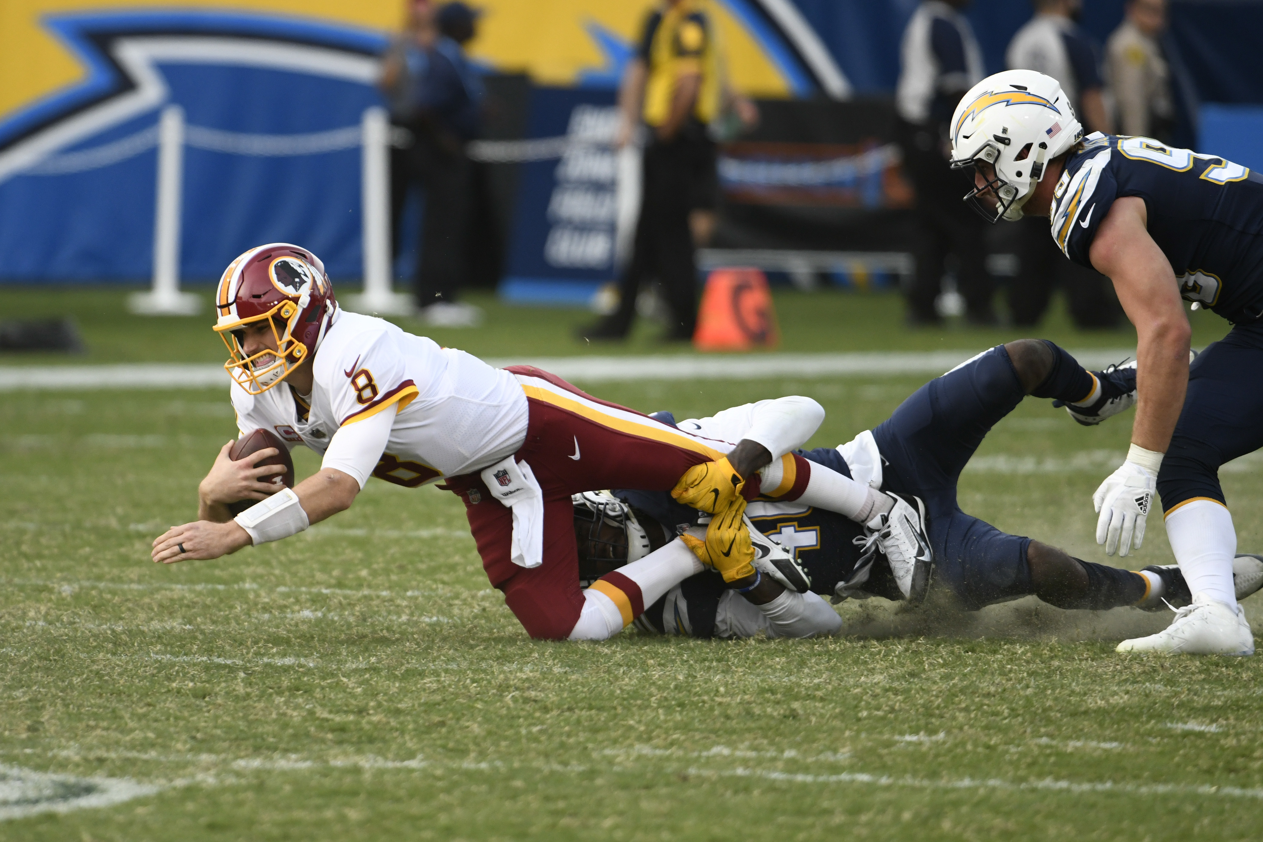 Redskins_chargers_football_41055.jpg-34000