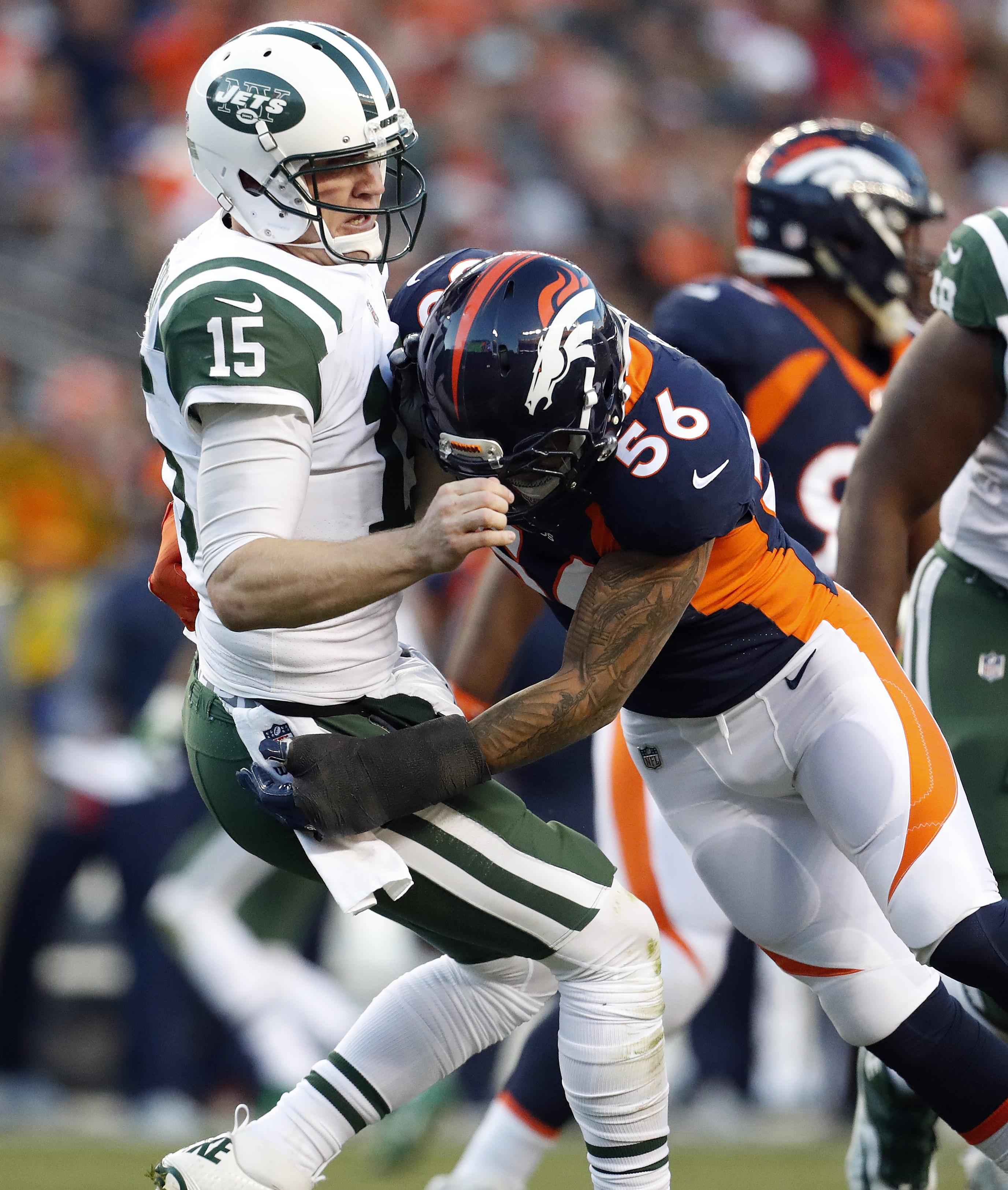 Jets_broncos_football_51896