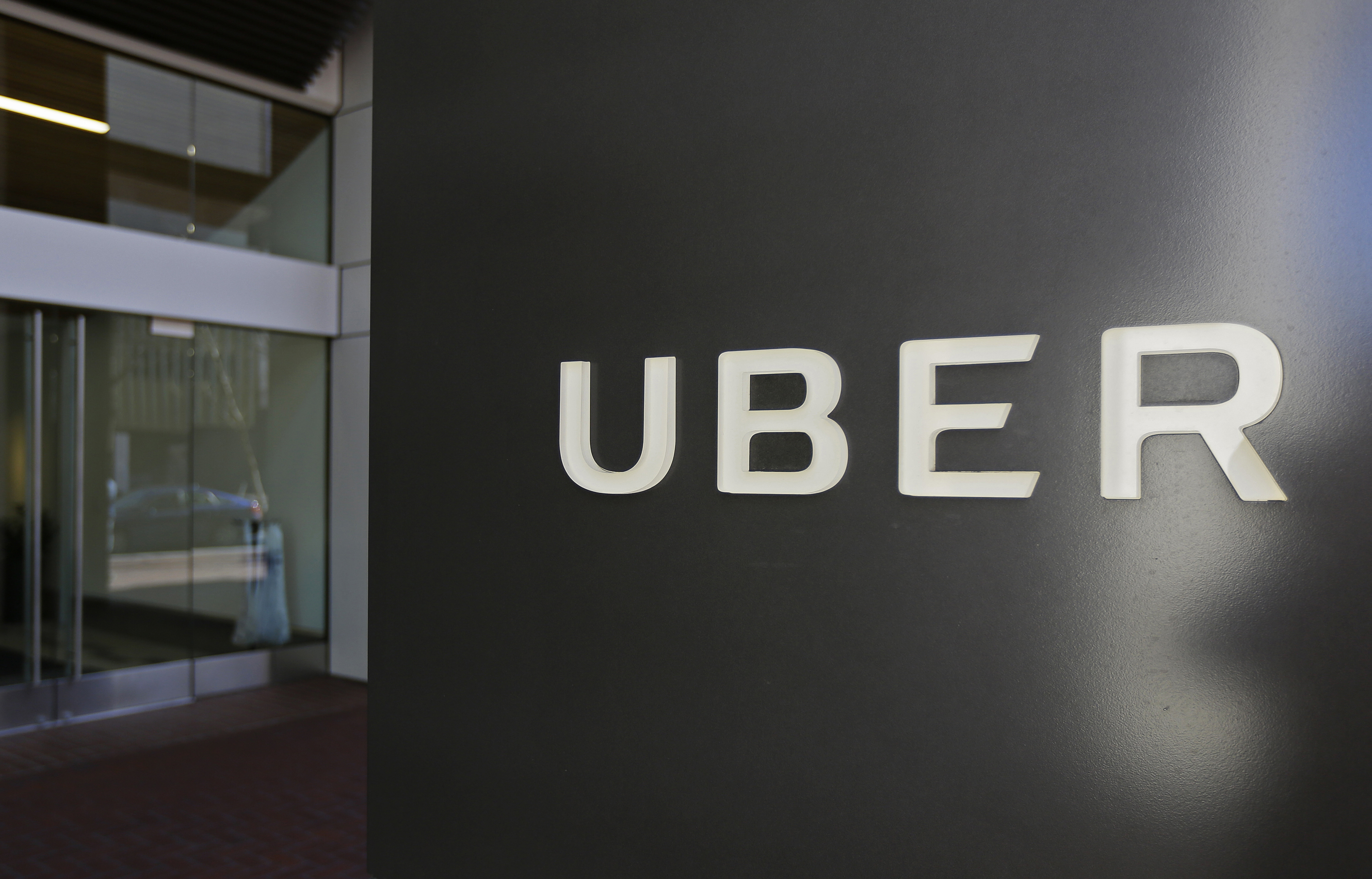 Uber accused of illegally spying on competing ride-hailing companies ...