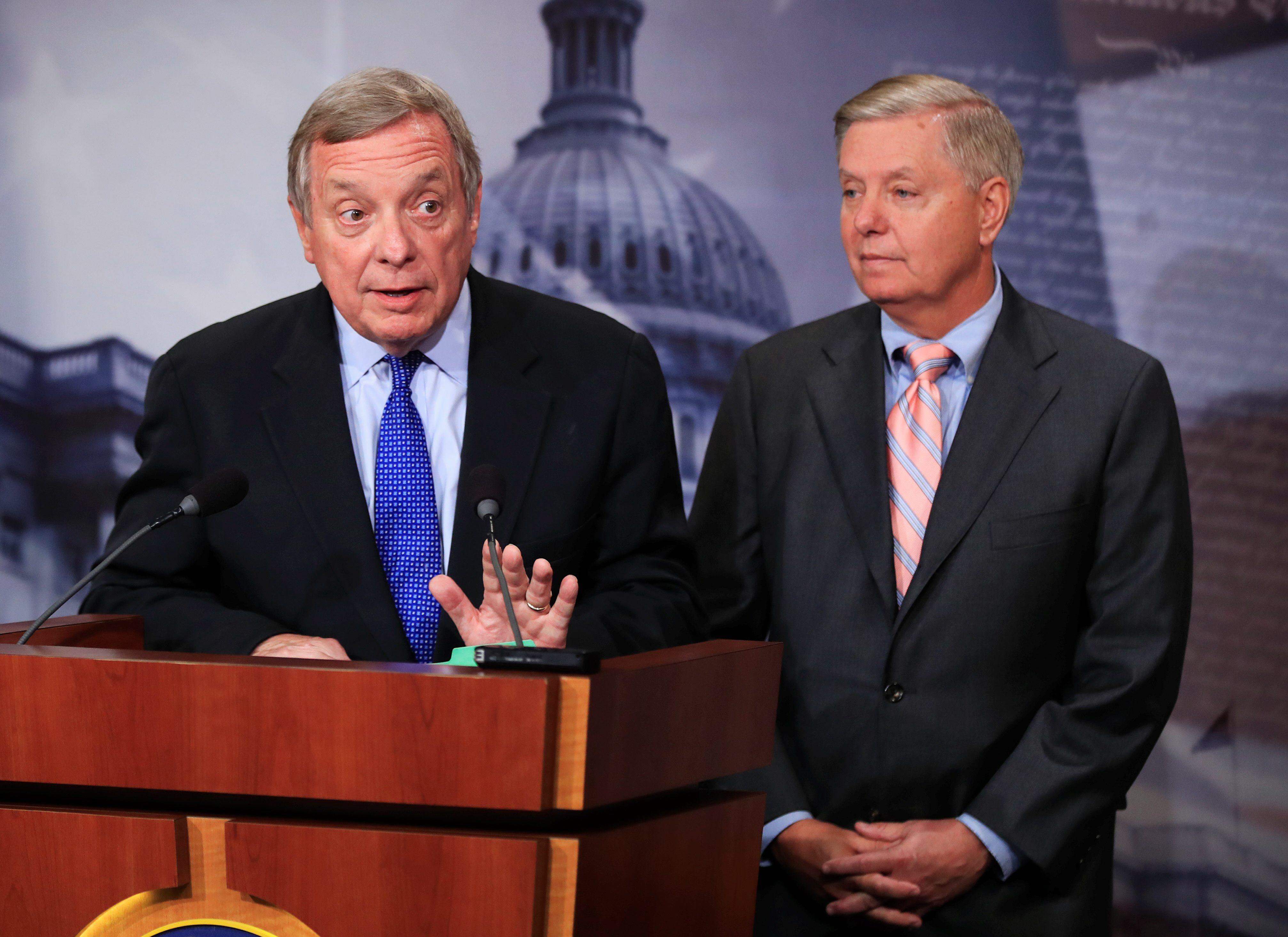 Immigration debate pulls government shutdown closer