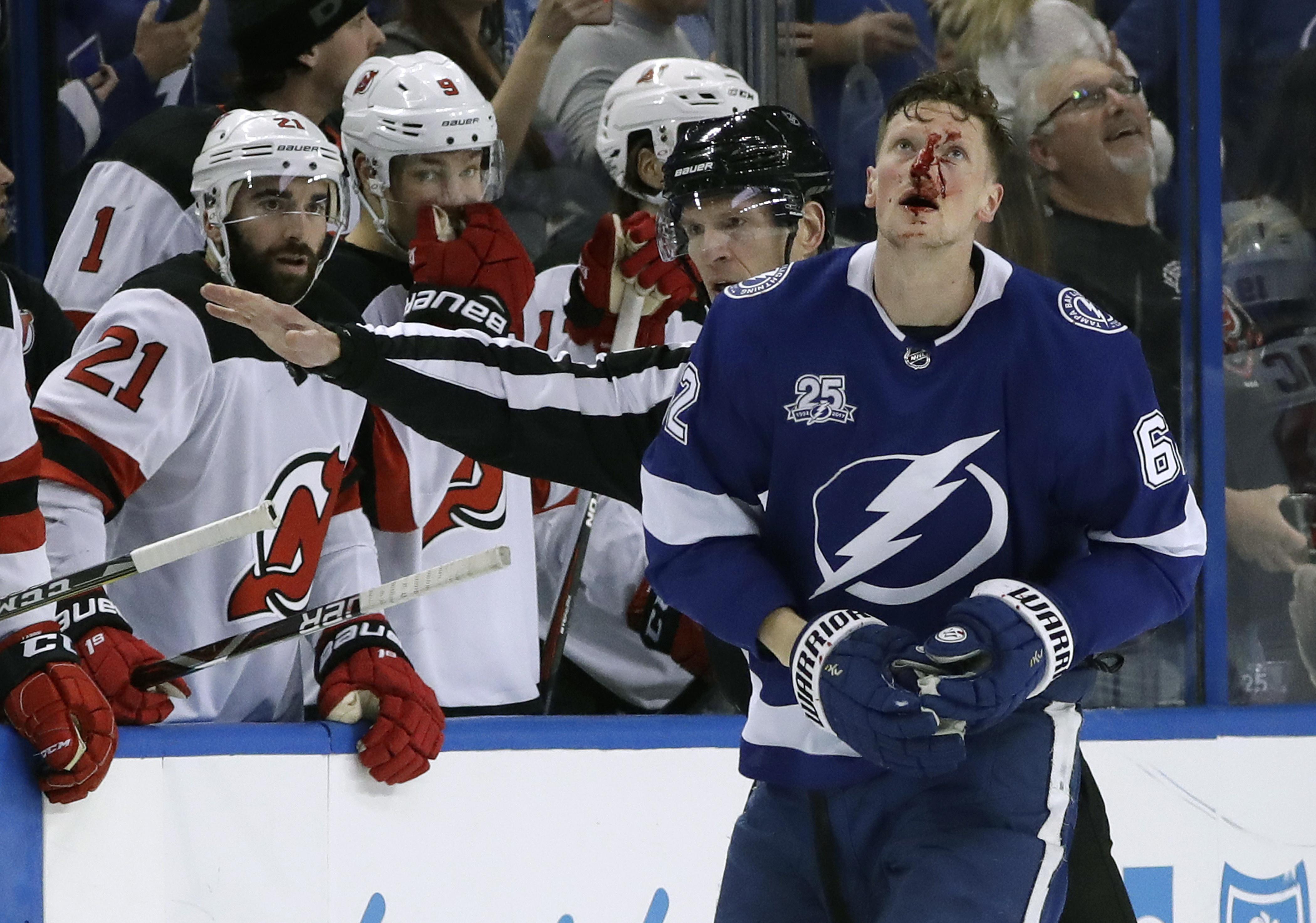 Devils_lightning_hockey_38786