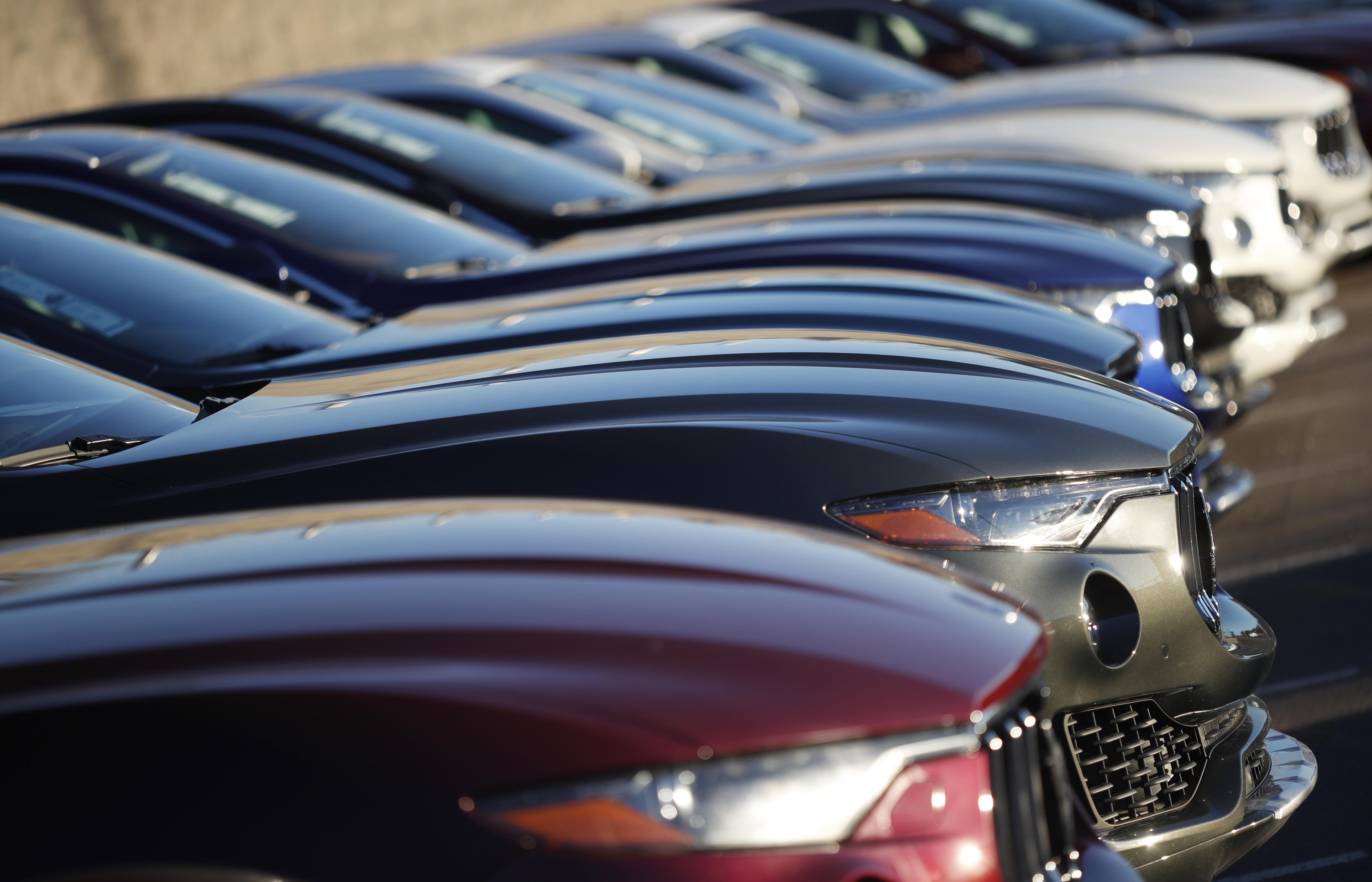 US auto sales fell 2 percent in February - Washington Times
