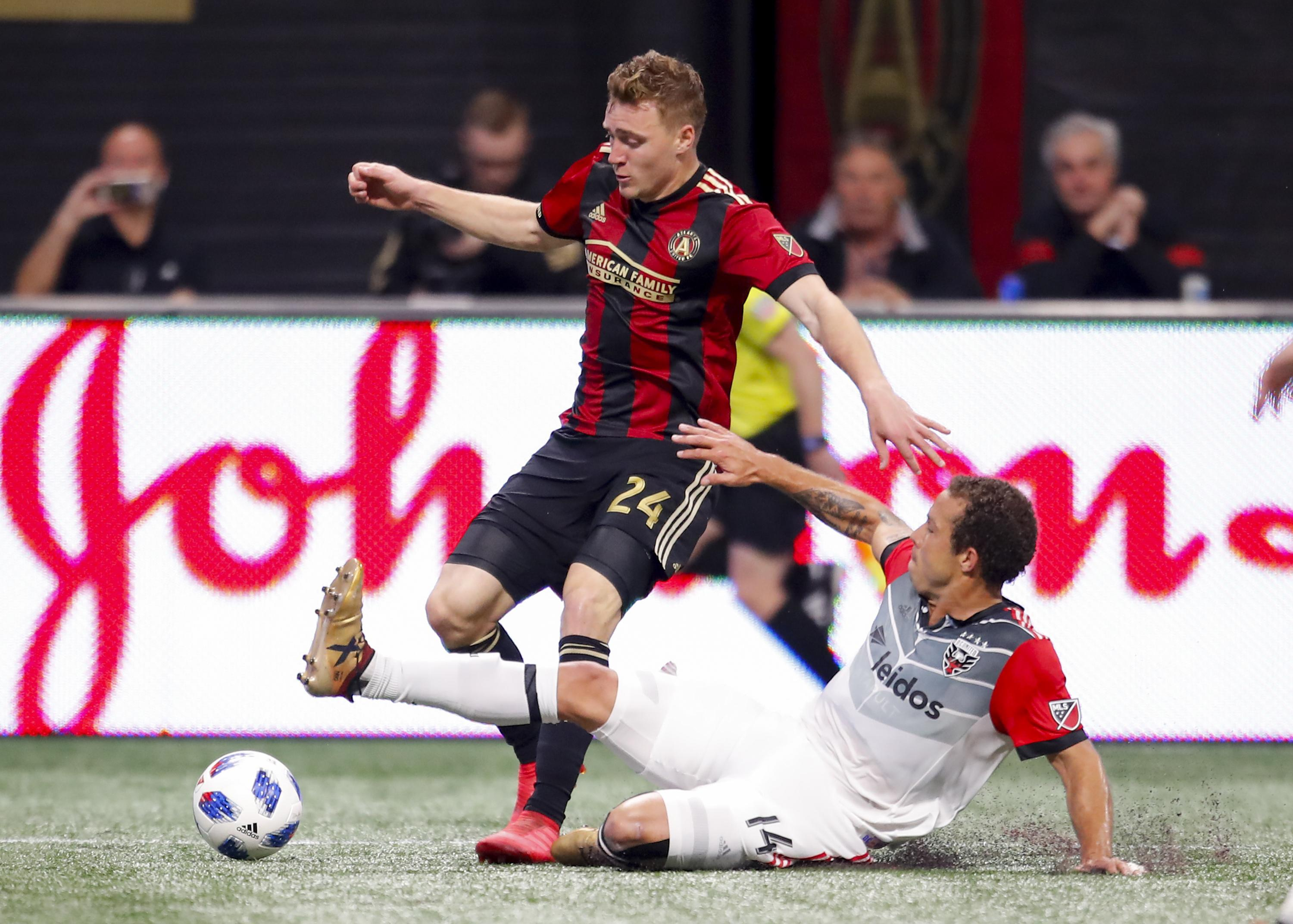 D.C. United trades for Julian Gressel, former MLS rookie of the year
