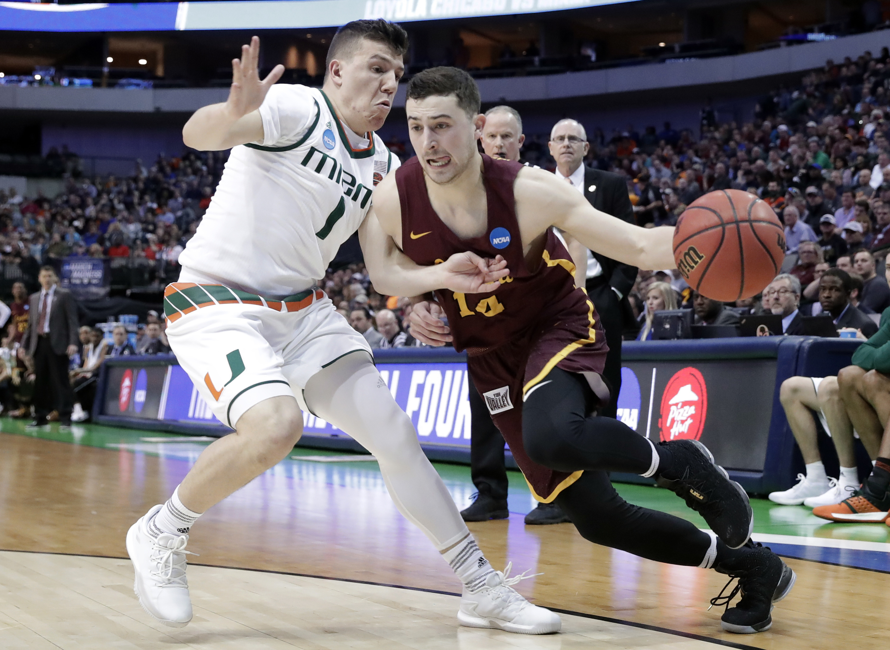 Donte Ingram buzzer-beater gives No. 11 Loyola-Chicago win over No. 6 Miami, first upset of week