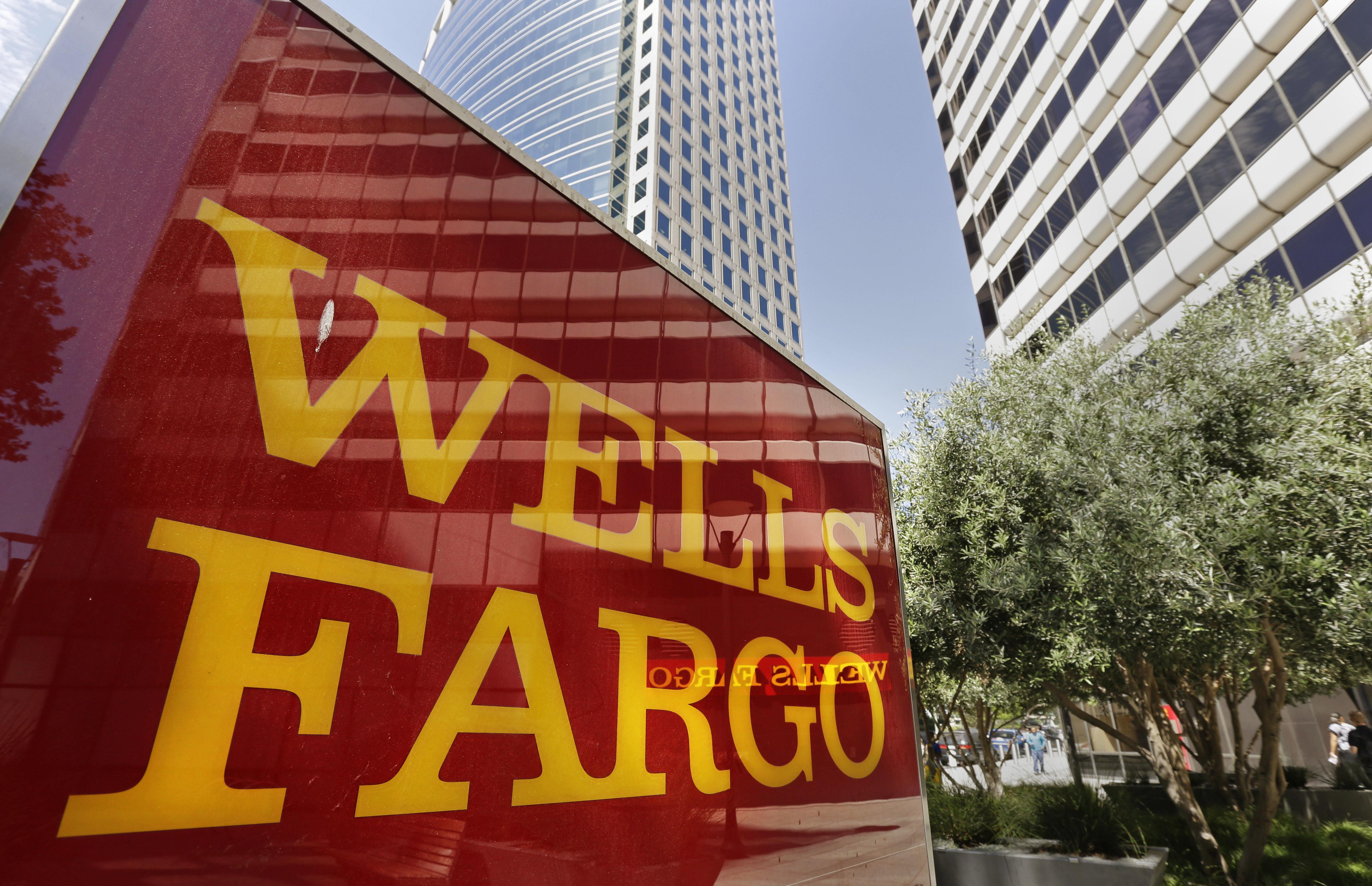 Wells Fargo resists pressure to stop offering banking services to NRA, gun makers - Washington Times