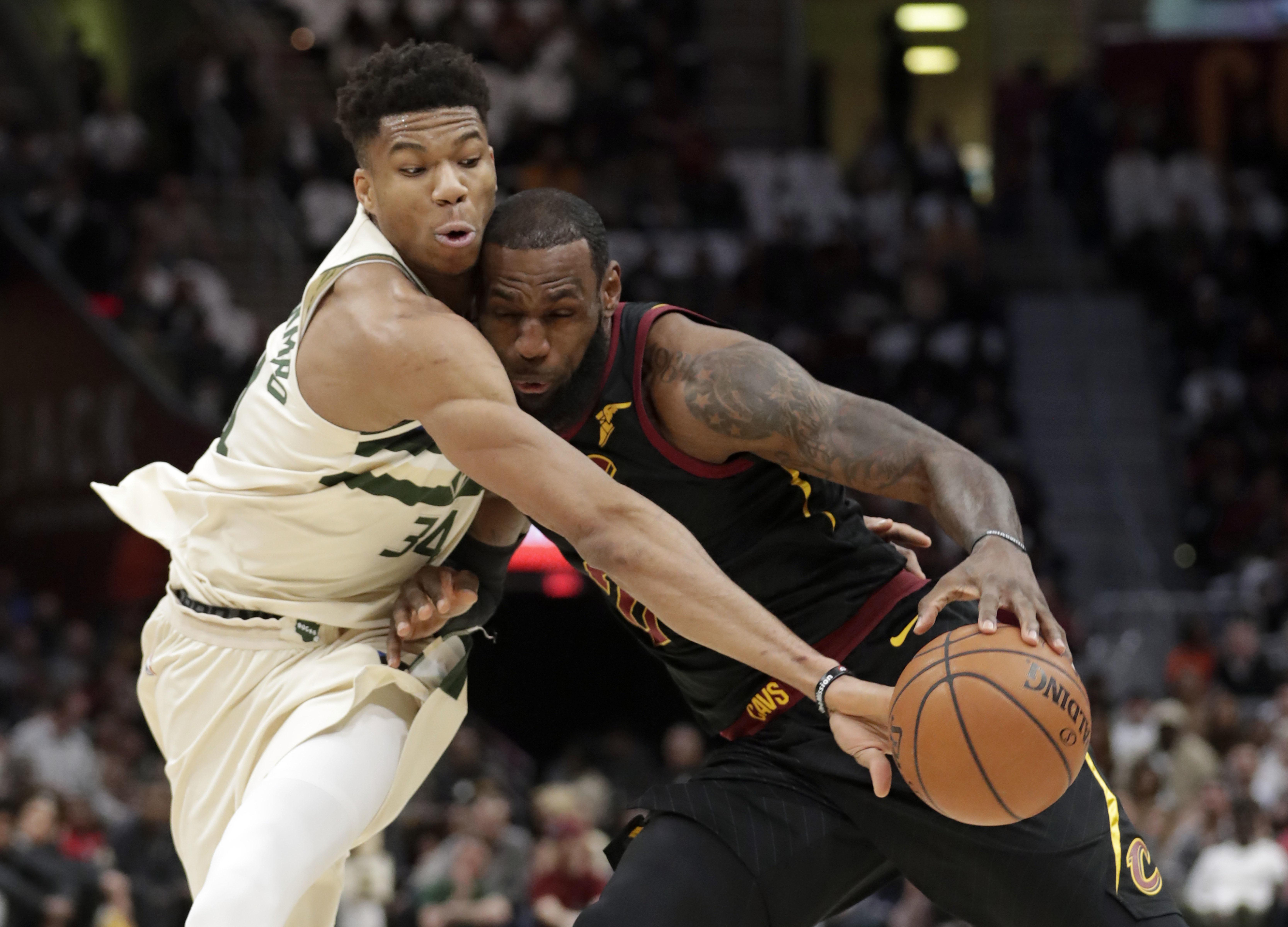 Bucks_cavaliers_basketball_33423