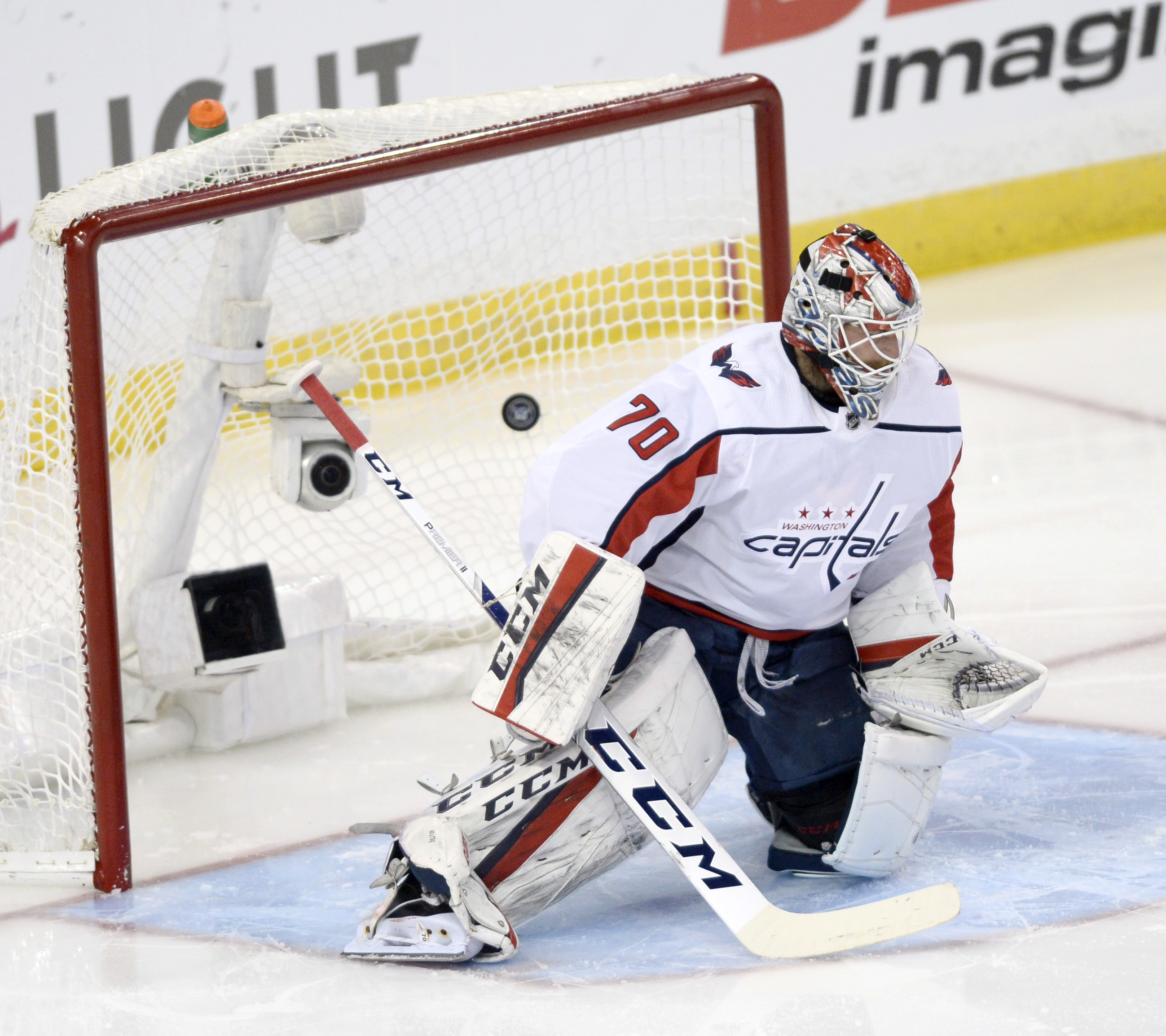 f99ccd222e2 Braden Holtby holds key to Capitals  fate - Washington Times