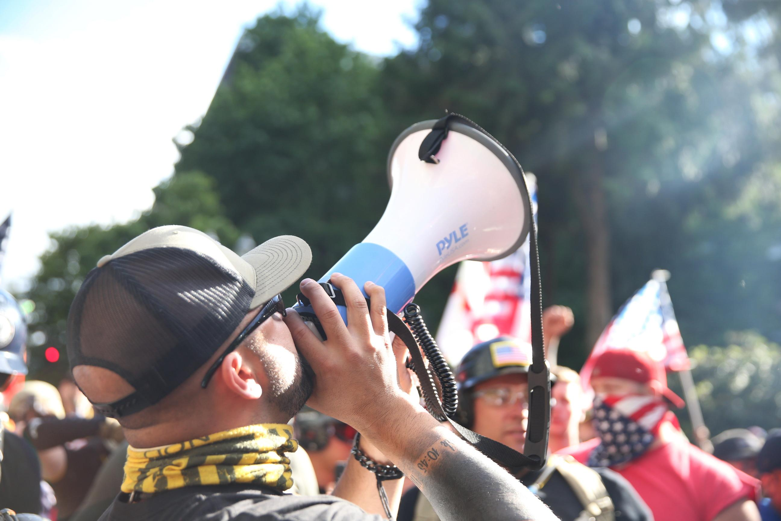 Leaked video shows Portland police making deal to hold off arrests of far-right group