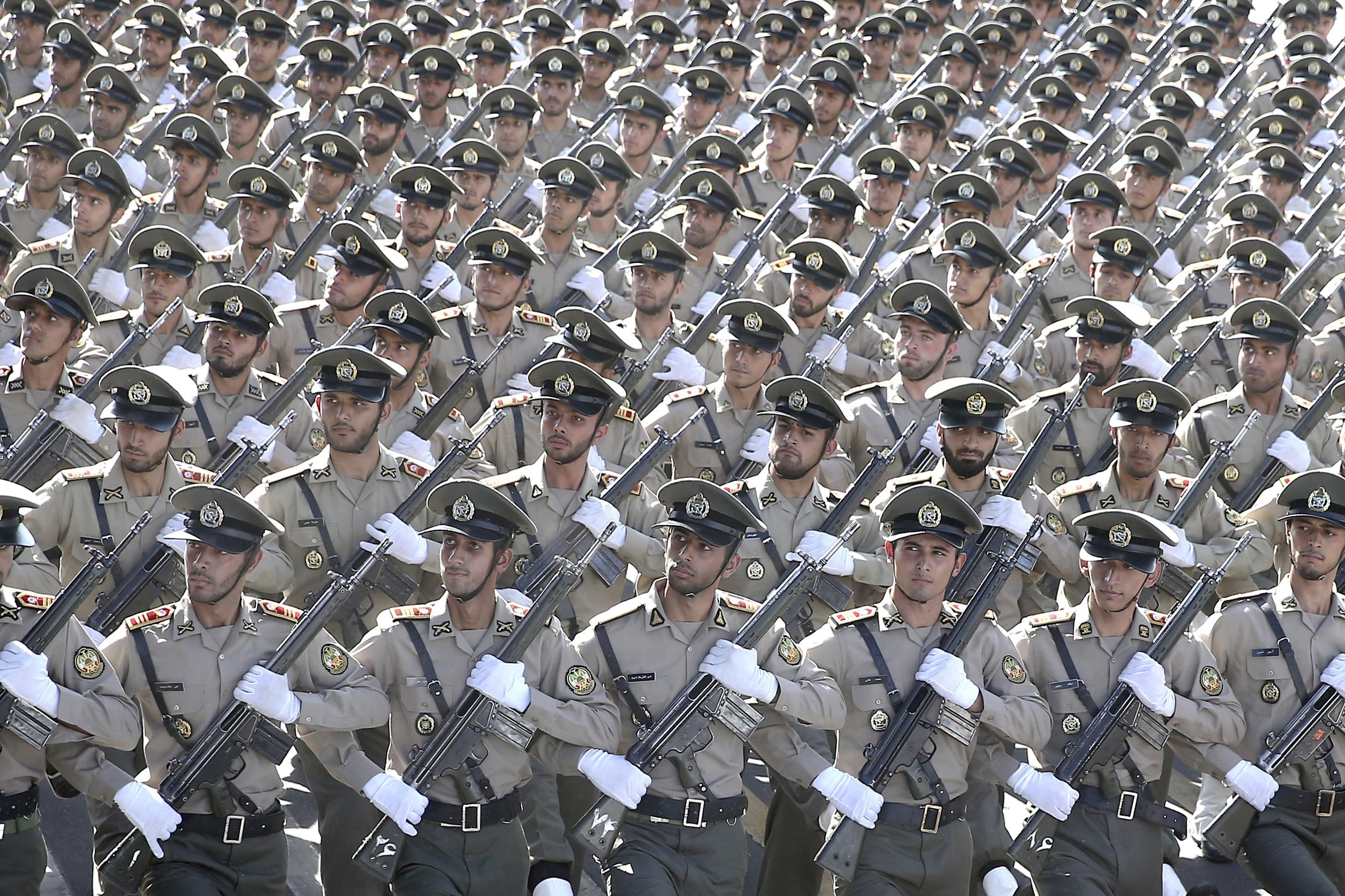 Iranian general kills himself accidentally